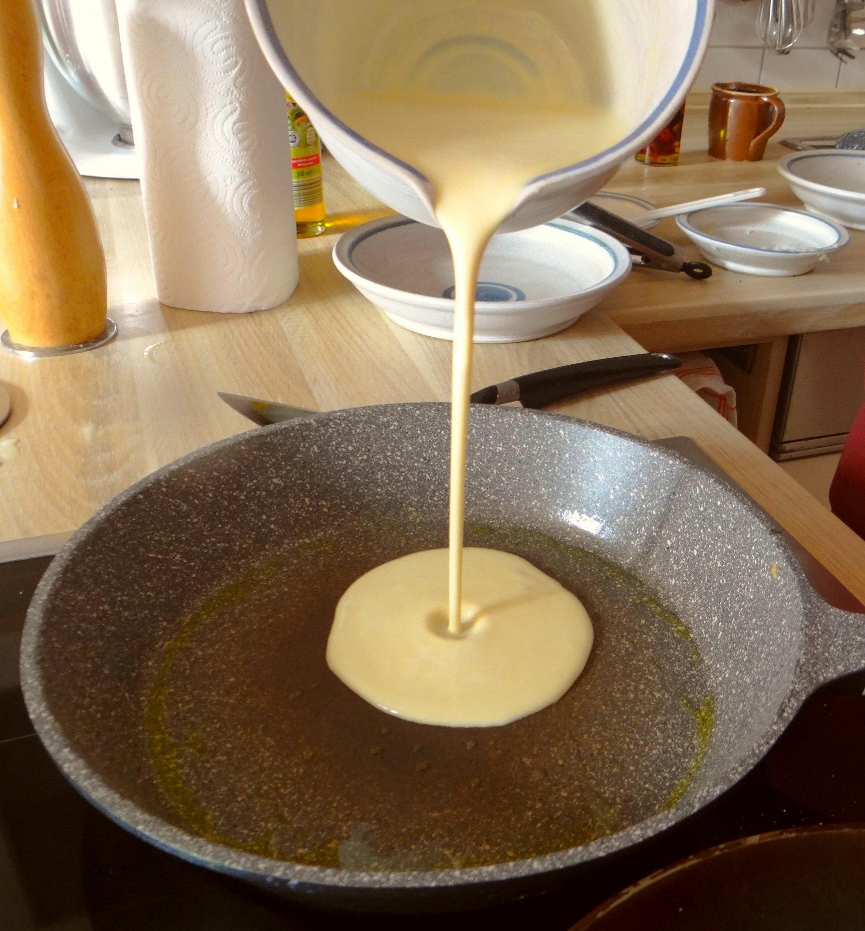 Gefüllte Eierpfannkuchen mit Ingwersirup Möhren (21)