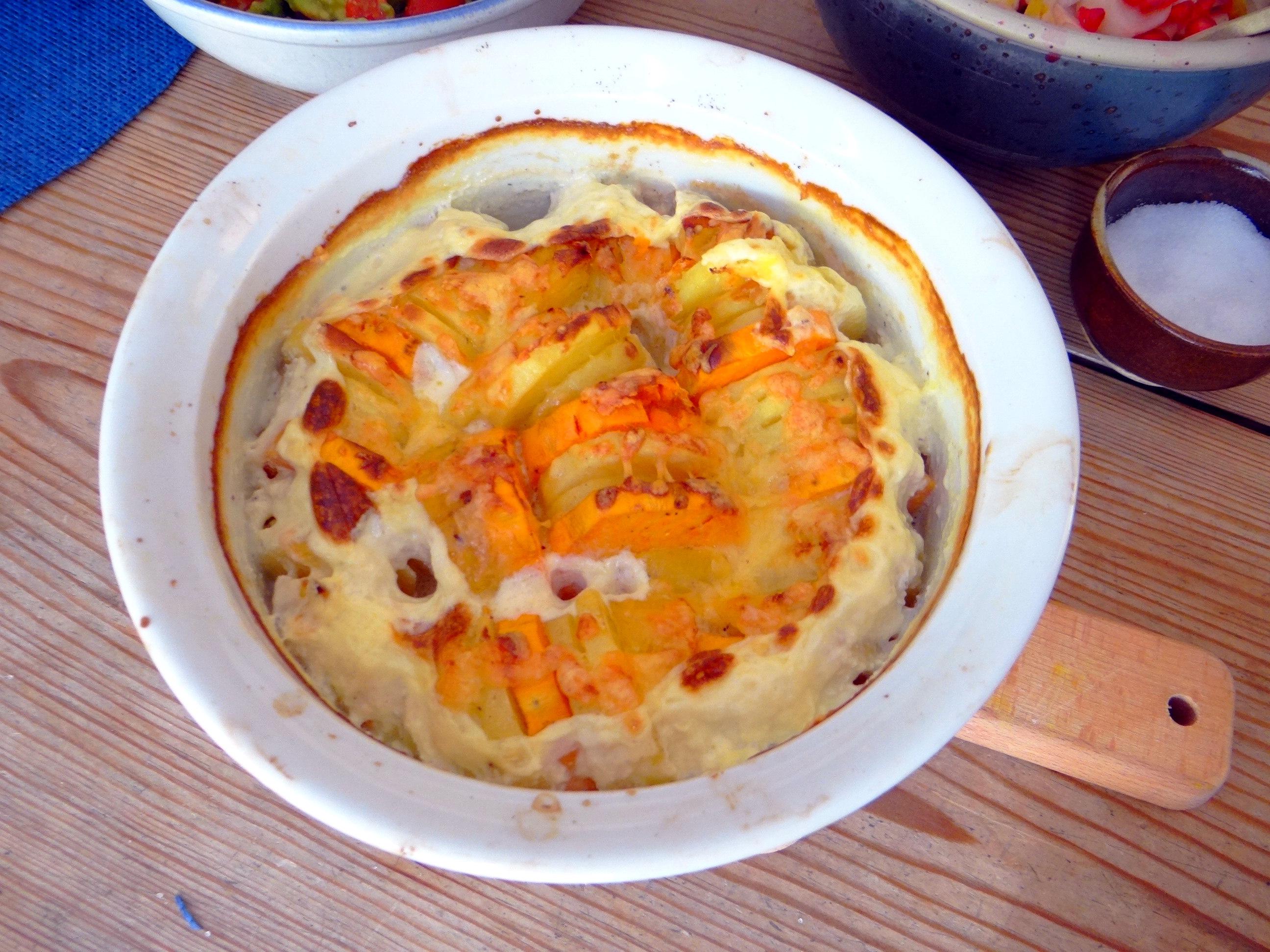 Kartoffelgratin,Avocadosalat,Chicoreesalat mit Granatapfelkernen (7)
