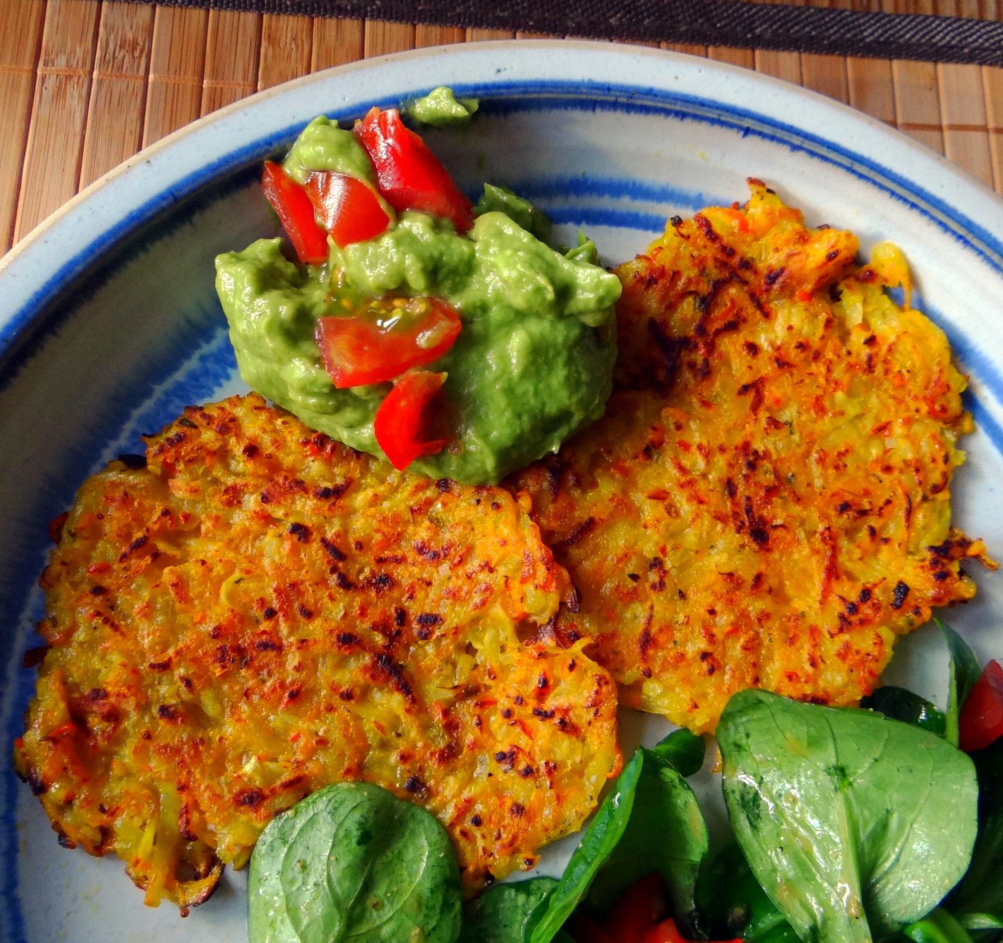 Kürbis-Kartoffel Puffer,Guacamole,Feldsalat (19)