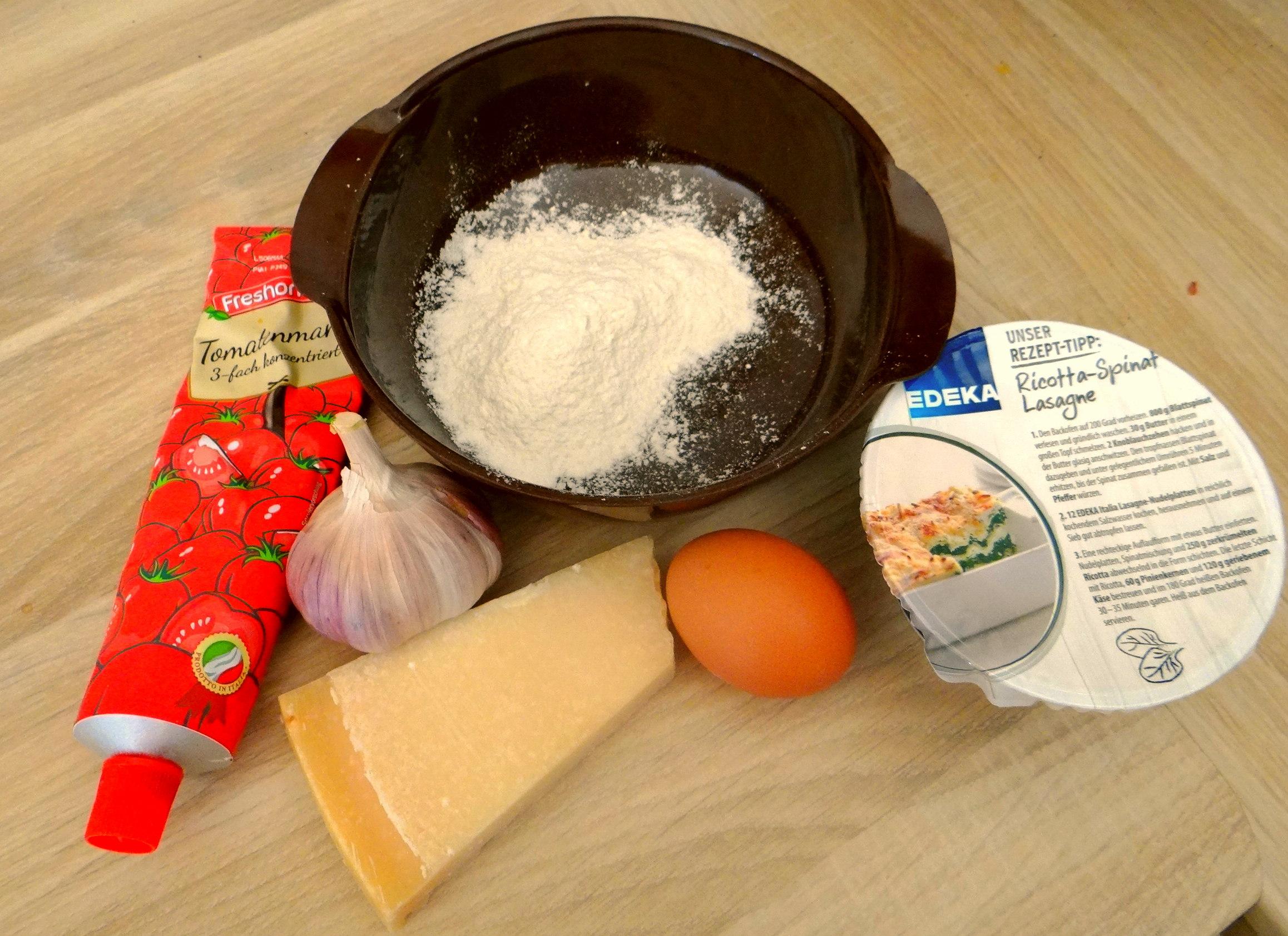 Pastinakensuppe,asiatischer Spinat,Ricotta Nocken (15)