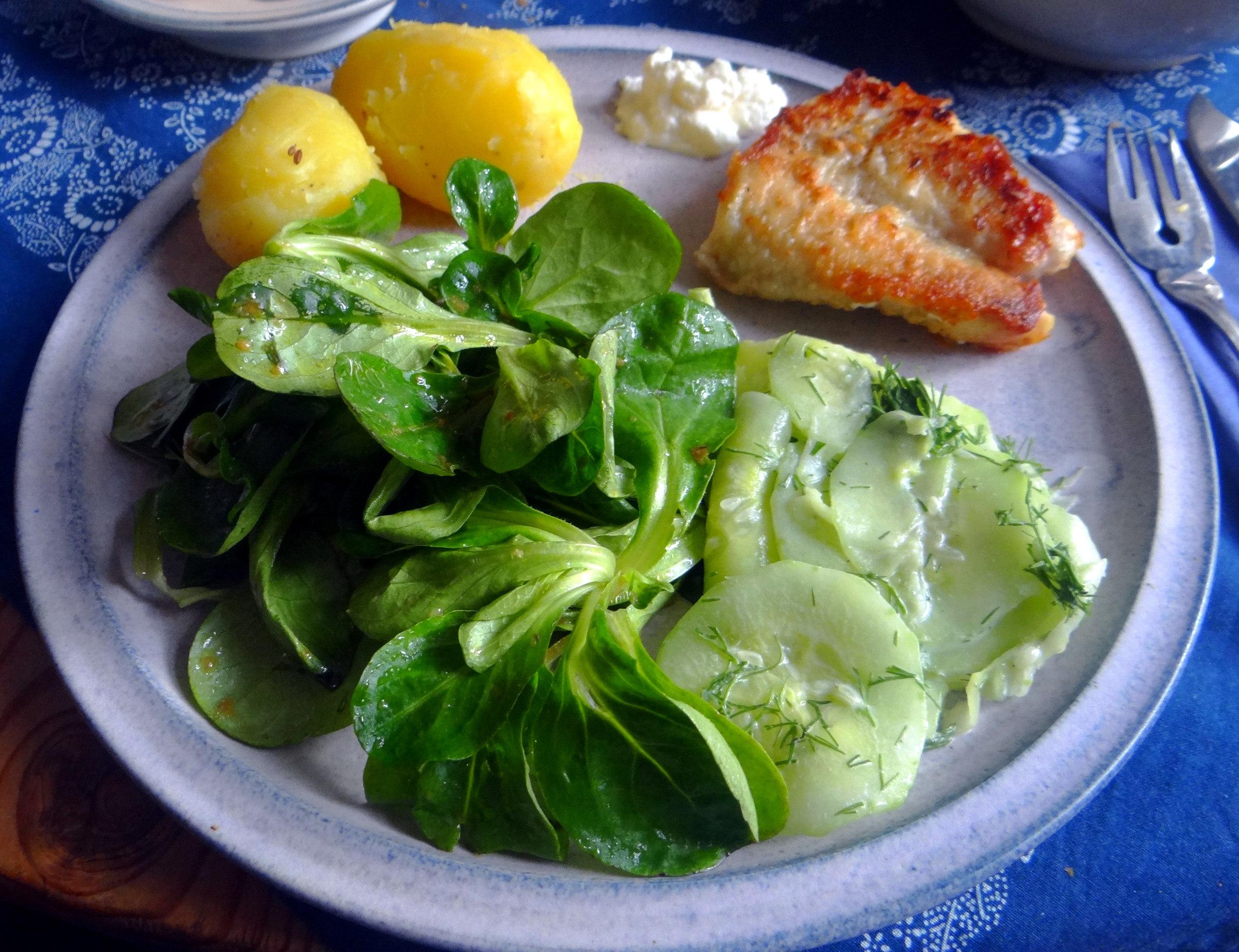 Rotbarsch,Salate,gebackene Quitten (2)