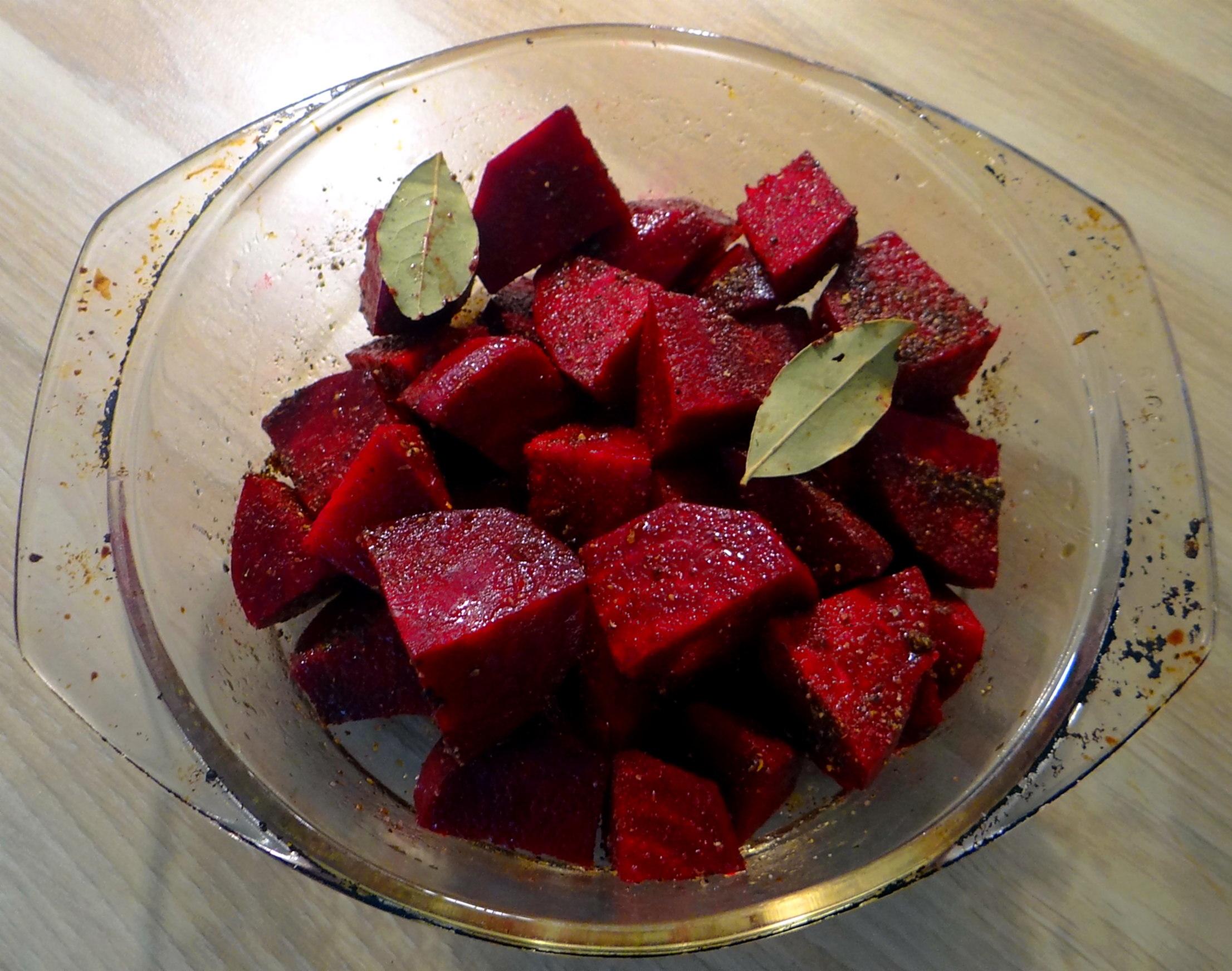 Rote Beete,Kartoffeln,Salsa, (9)