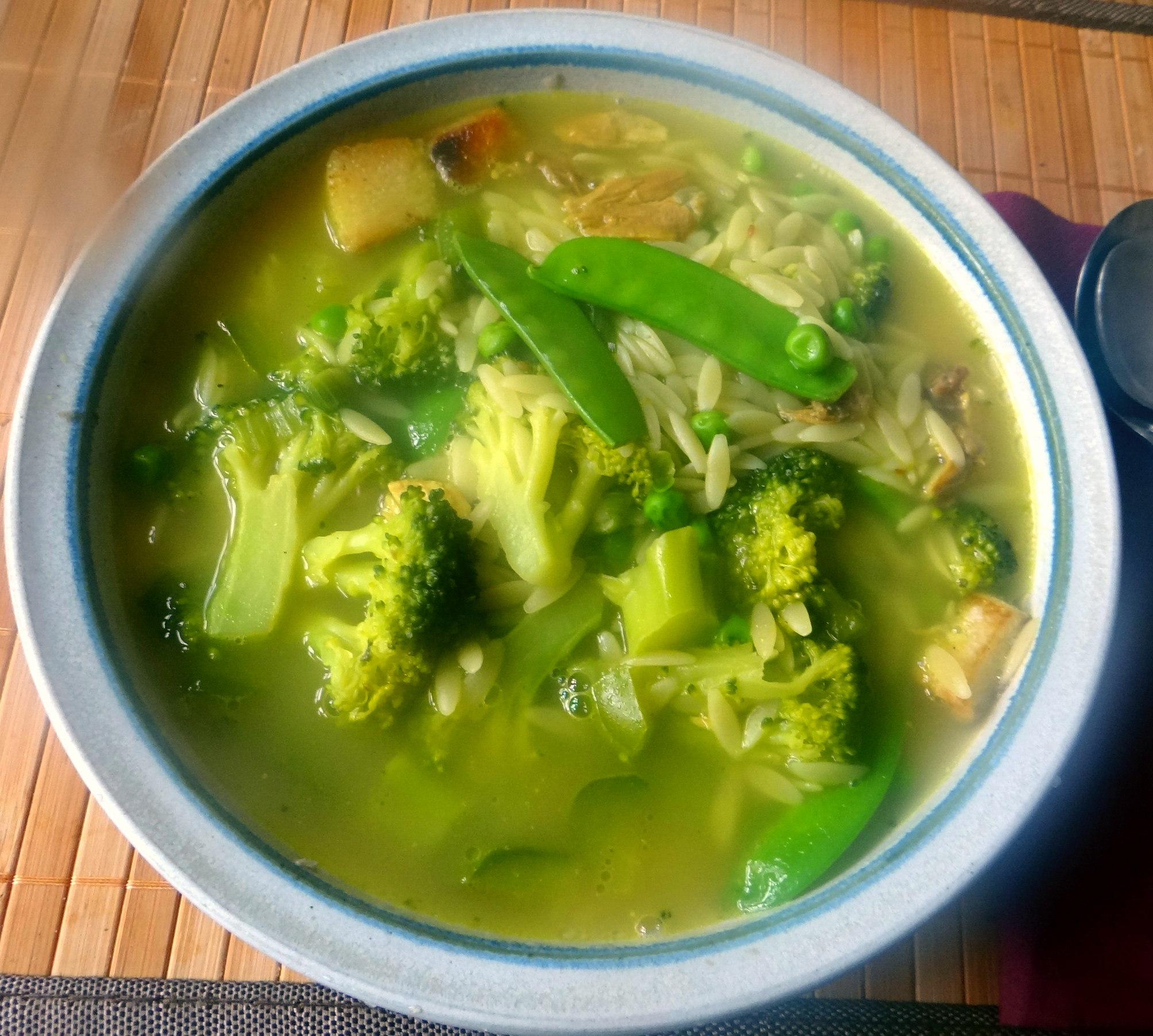 Grüne Suppe,Kritharaki,Quarkspeise (2)