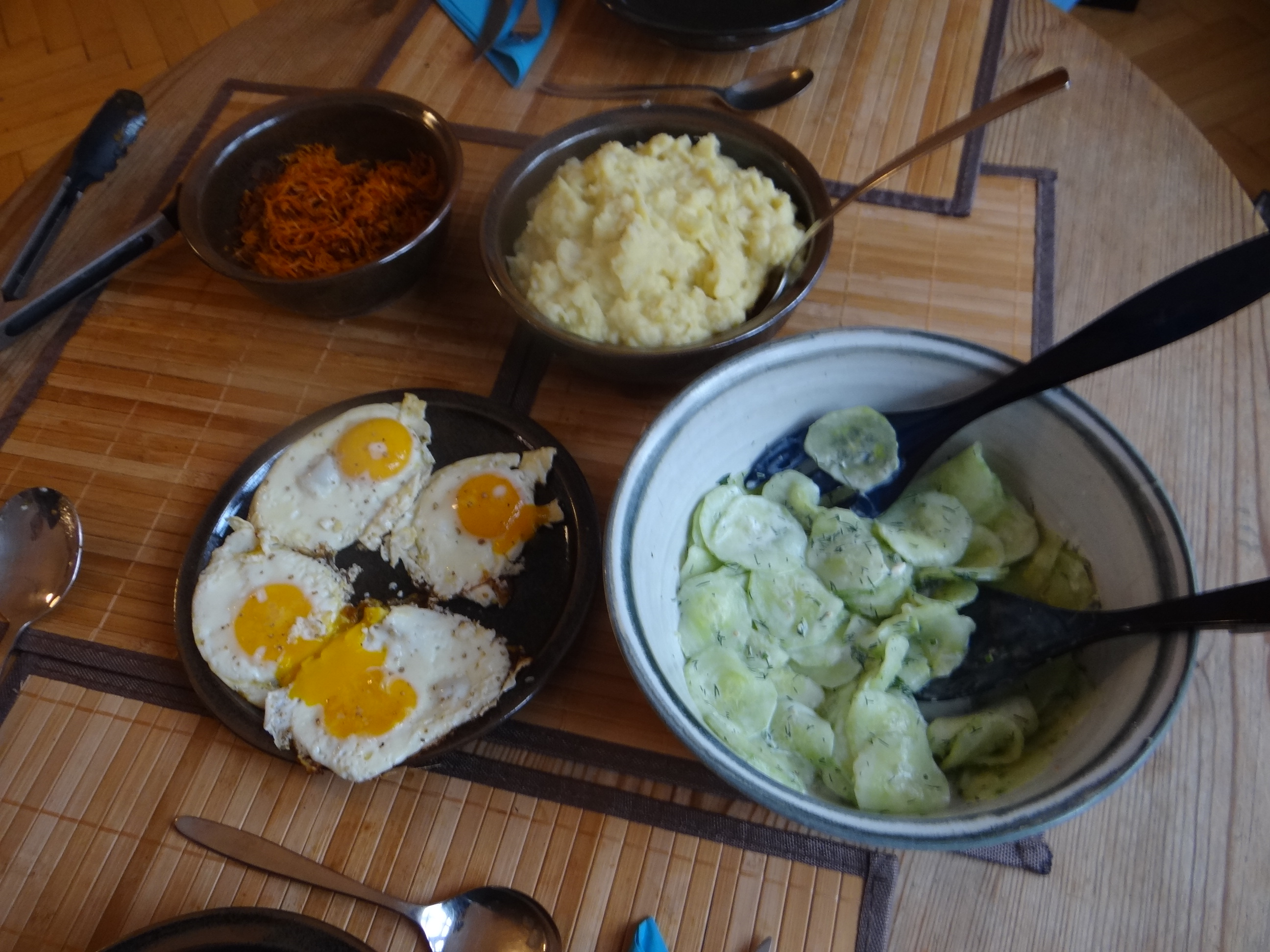 Kartoffel-Sellerie SWtampf,Möhrenzoodles (3)