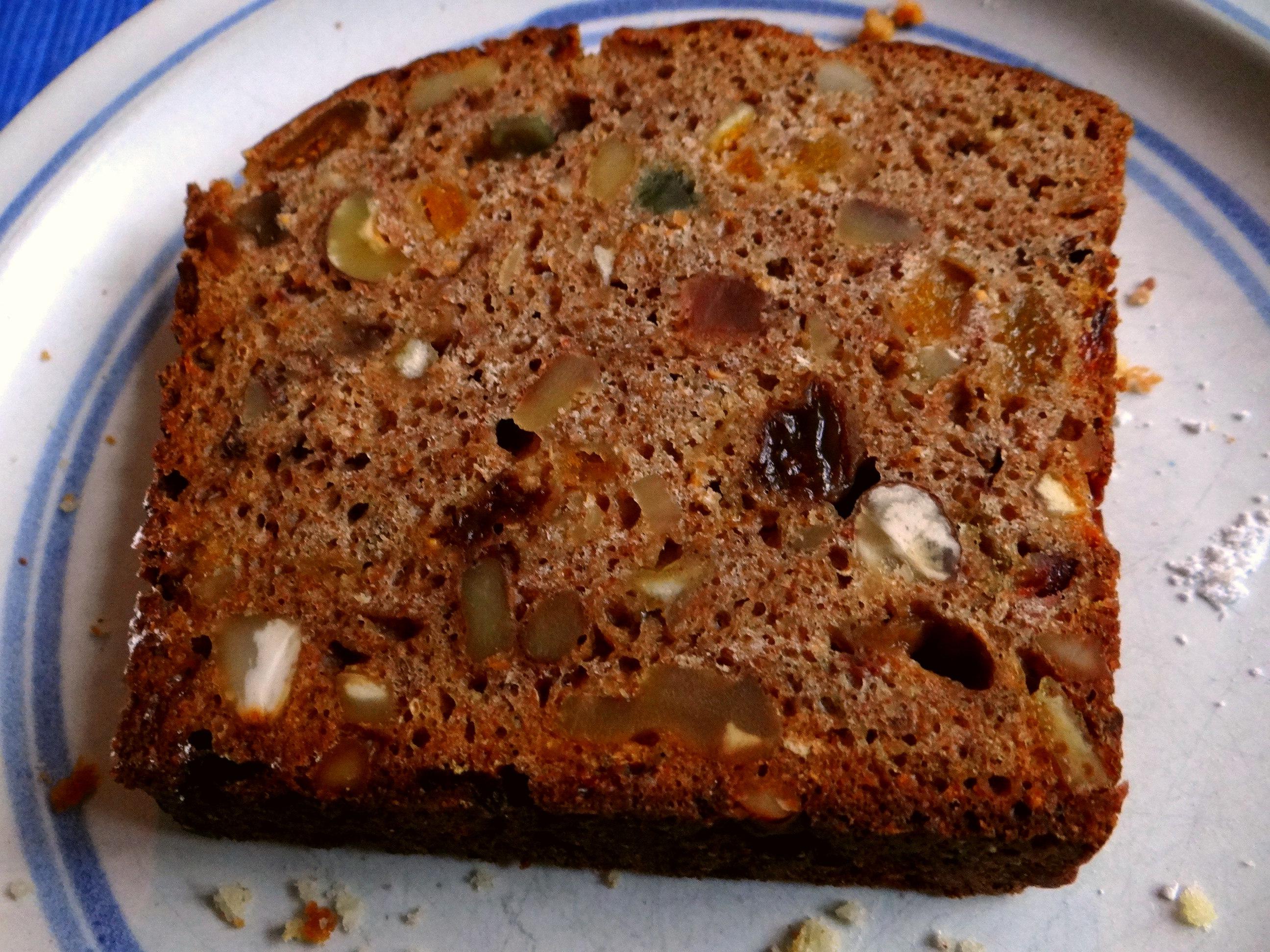 Mandelkuchen und Früchtebrot (5)