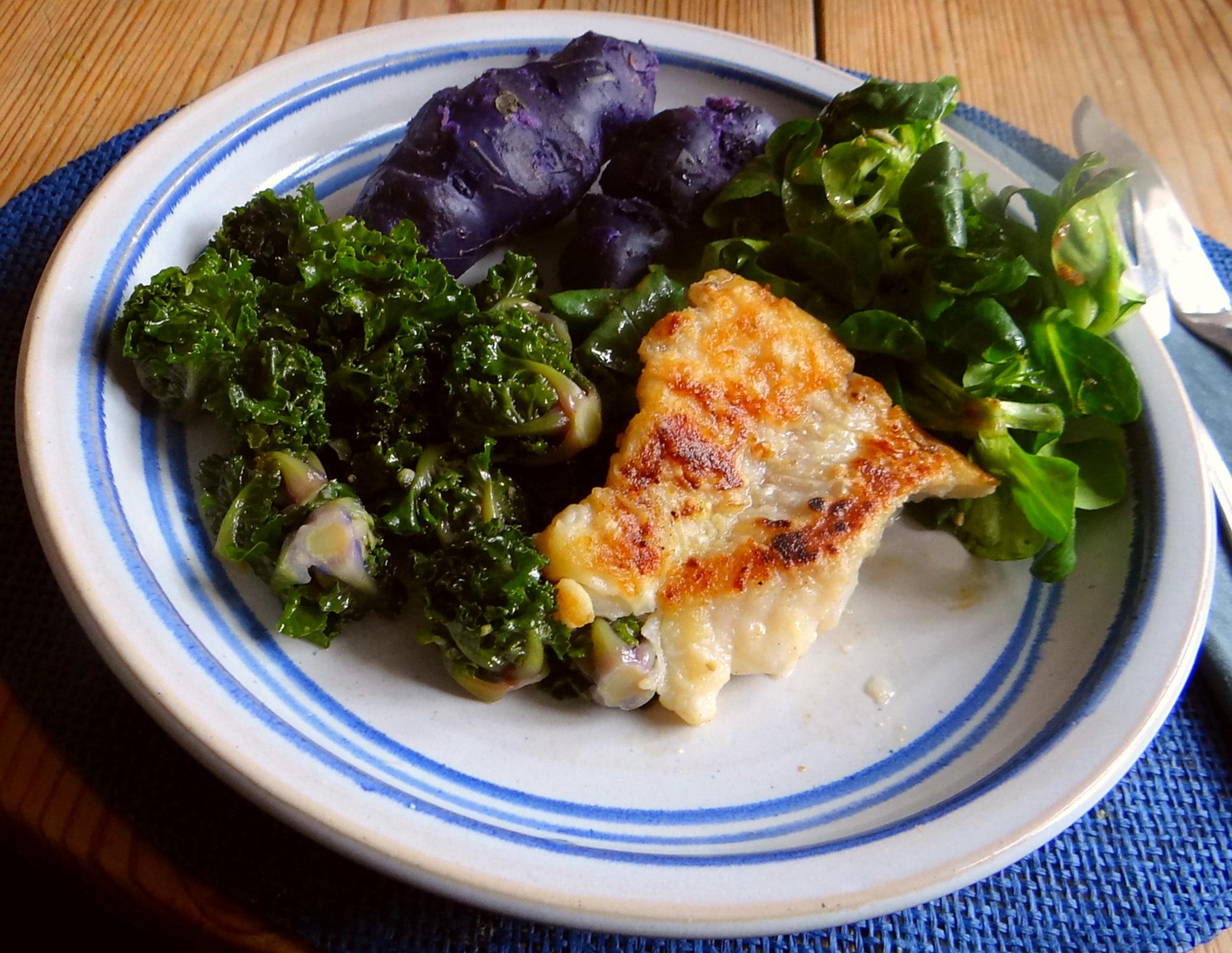 Rotbarsch,Kohlröschen,violette Kartoffeln (17)