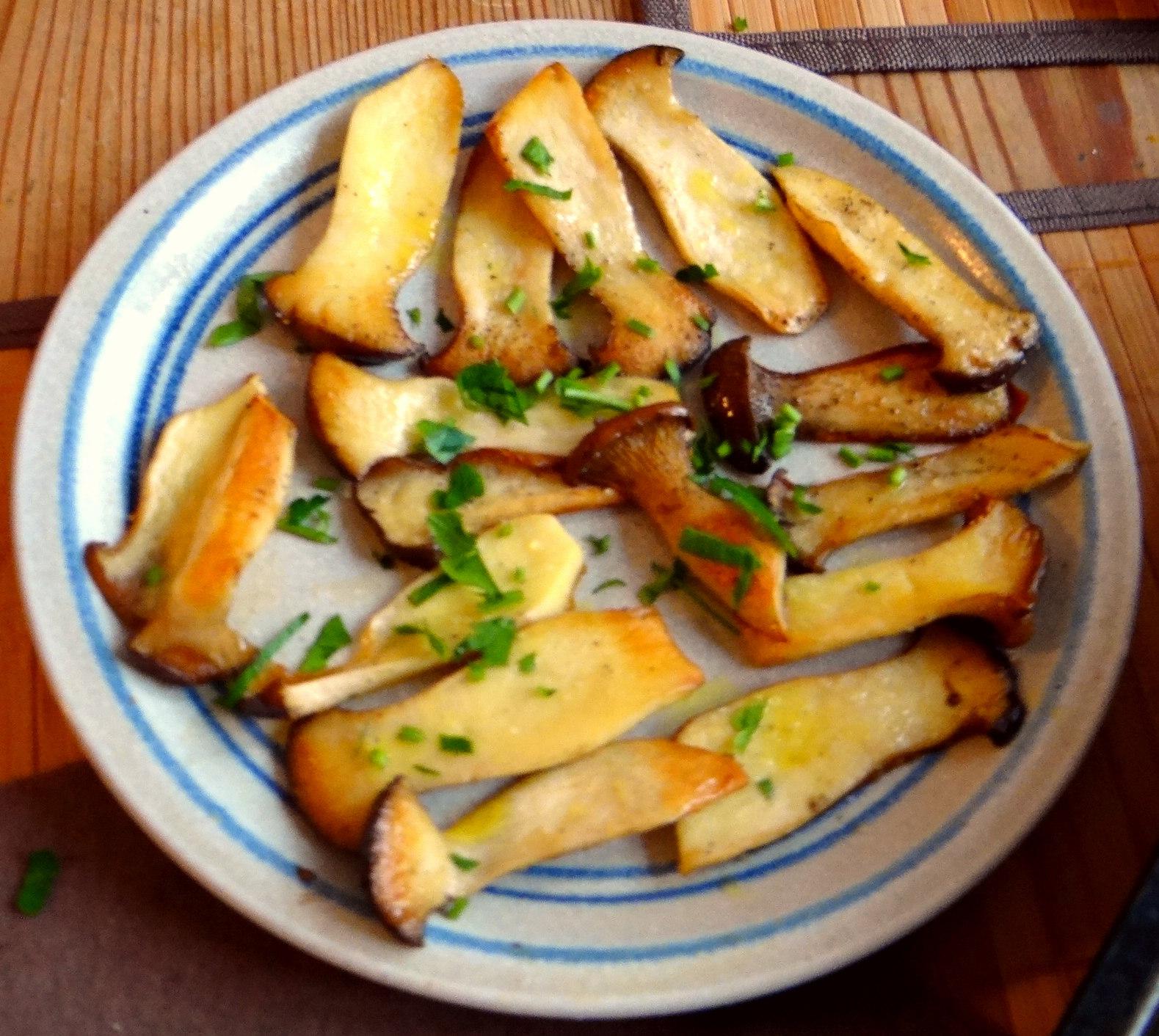 Kräuterseiling,Kartoffel Spalten,Kürbispüree (10)