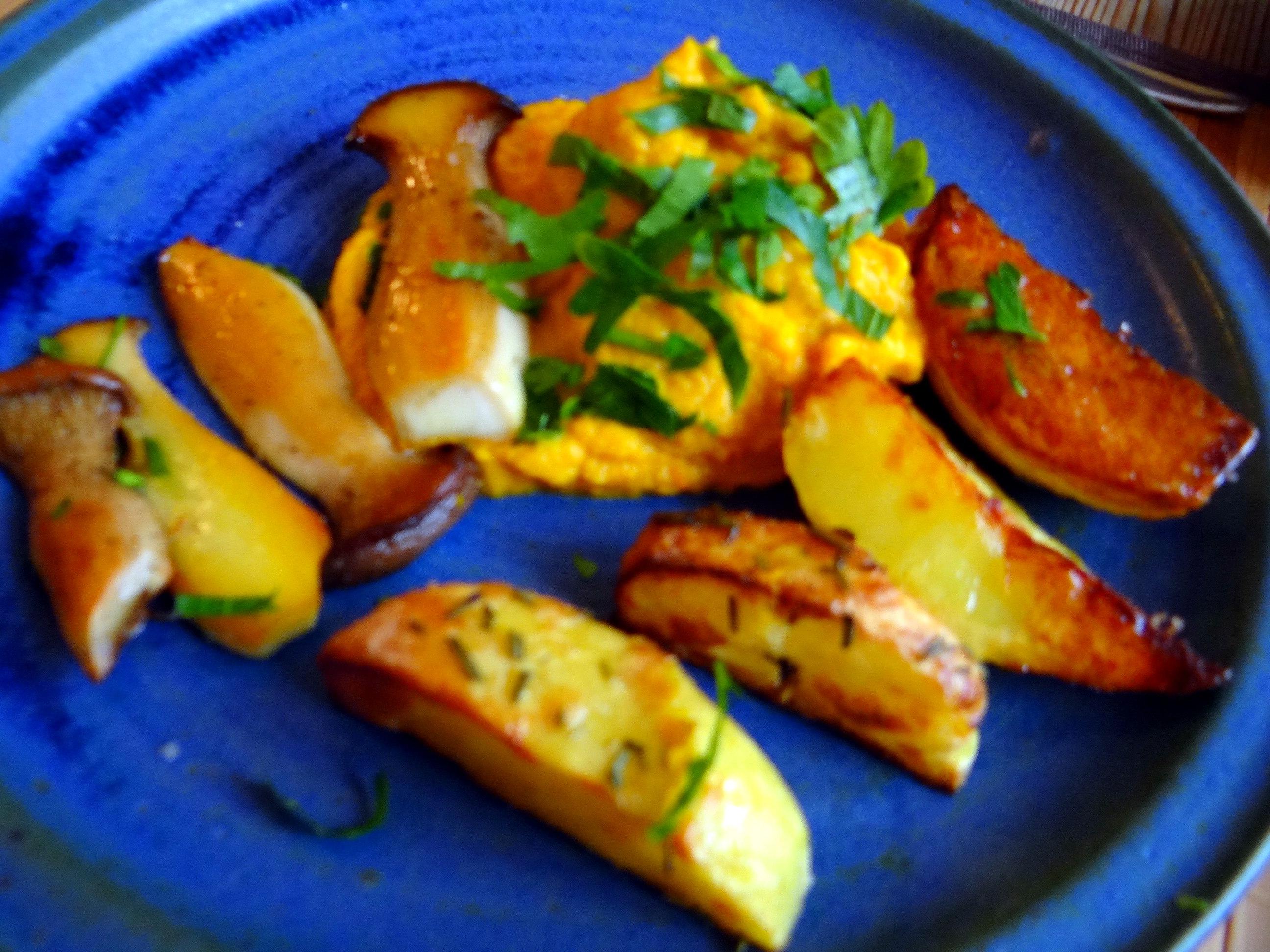 Kräuterseiling,Kartoffel Spalten,Kürbispüree (3)