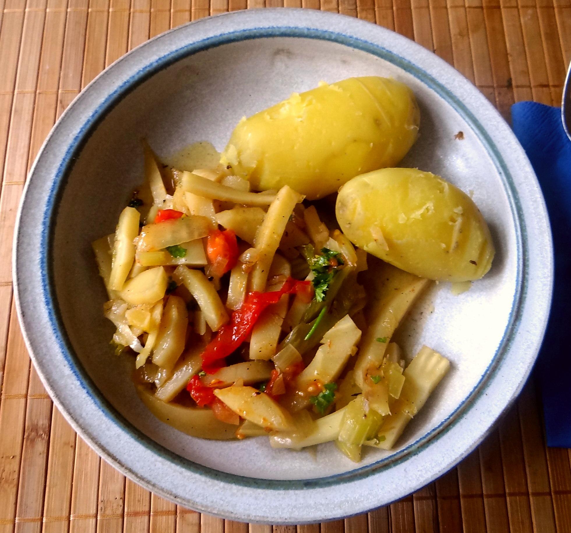 Pastinaken Gemüse,Kartoffeln, (1)