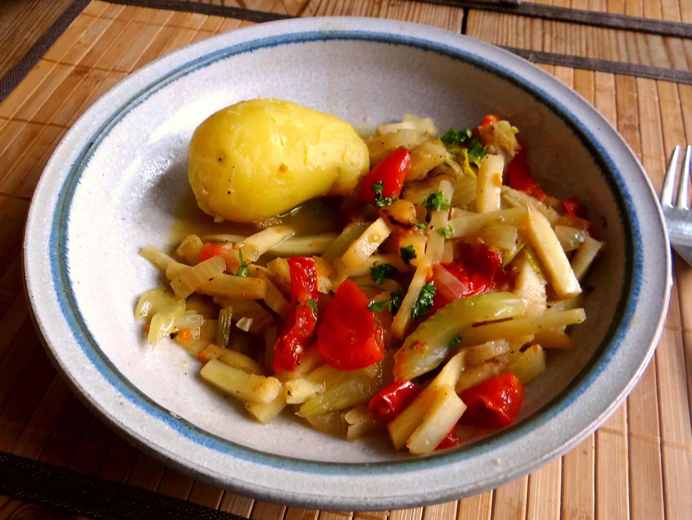 Pastinaken Gemüse,Kartoffeln, (2)