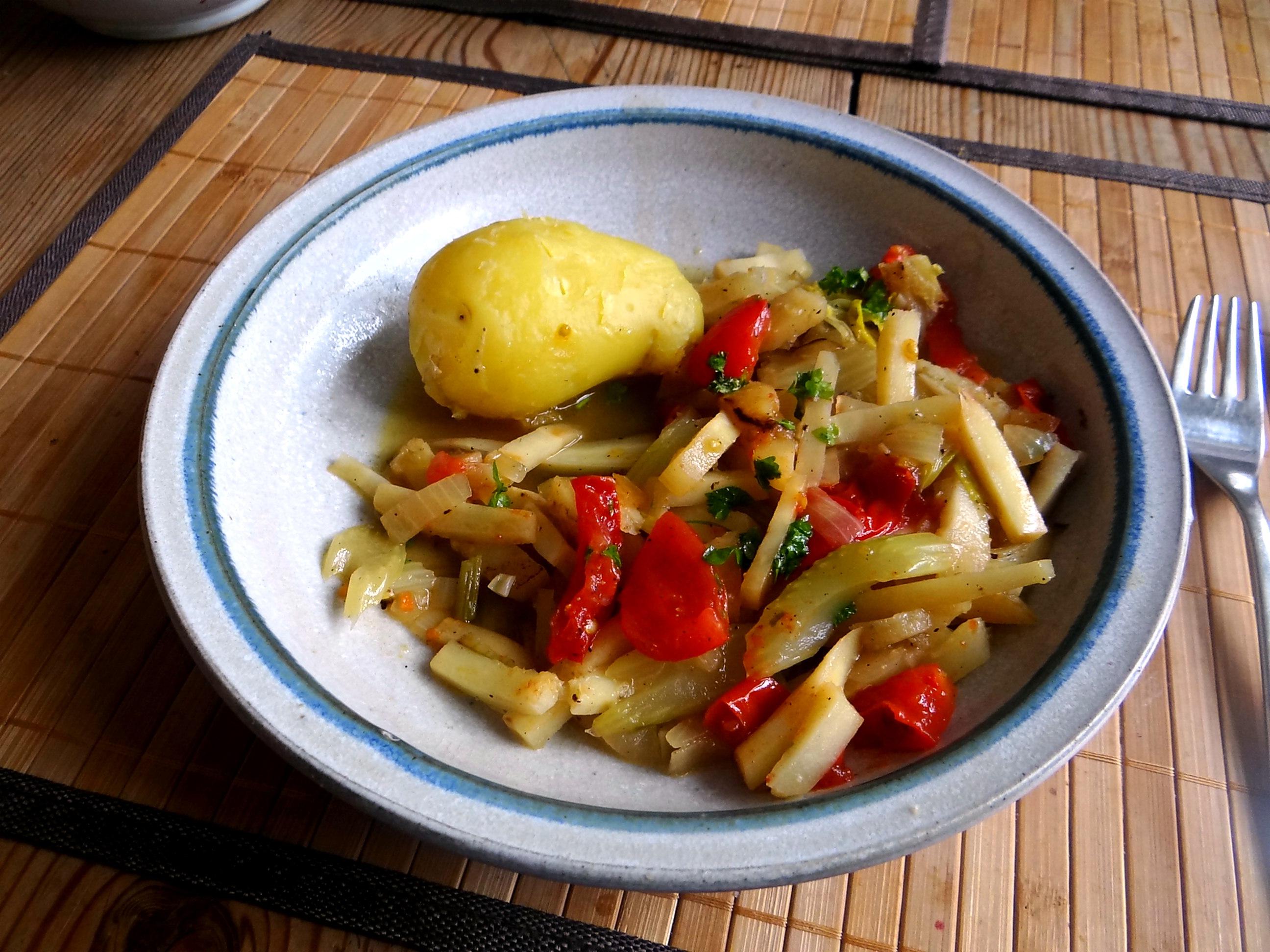 Pastinaken Gemüse,Kartoffeln, (9)