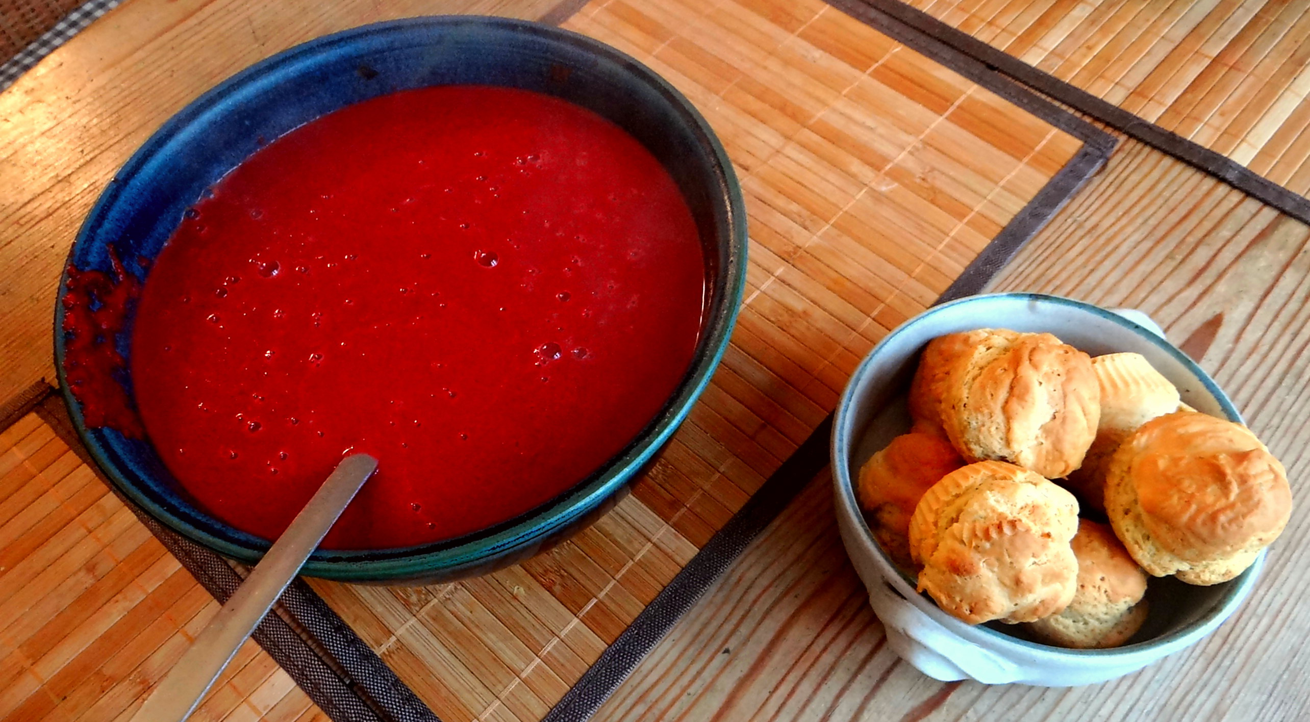 Rote Beete Suppe,Muffin (3)