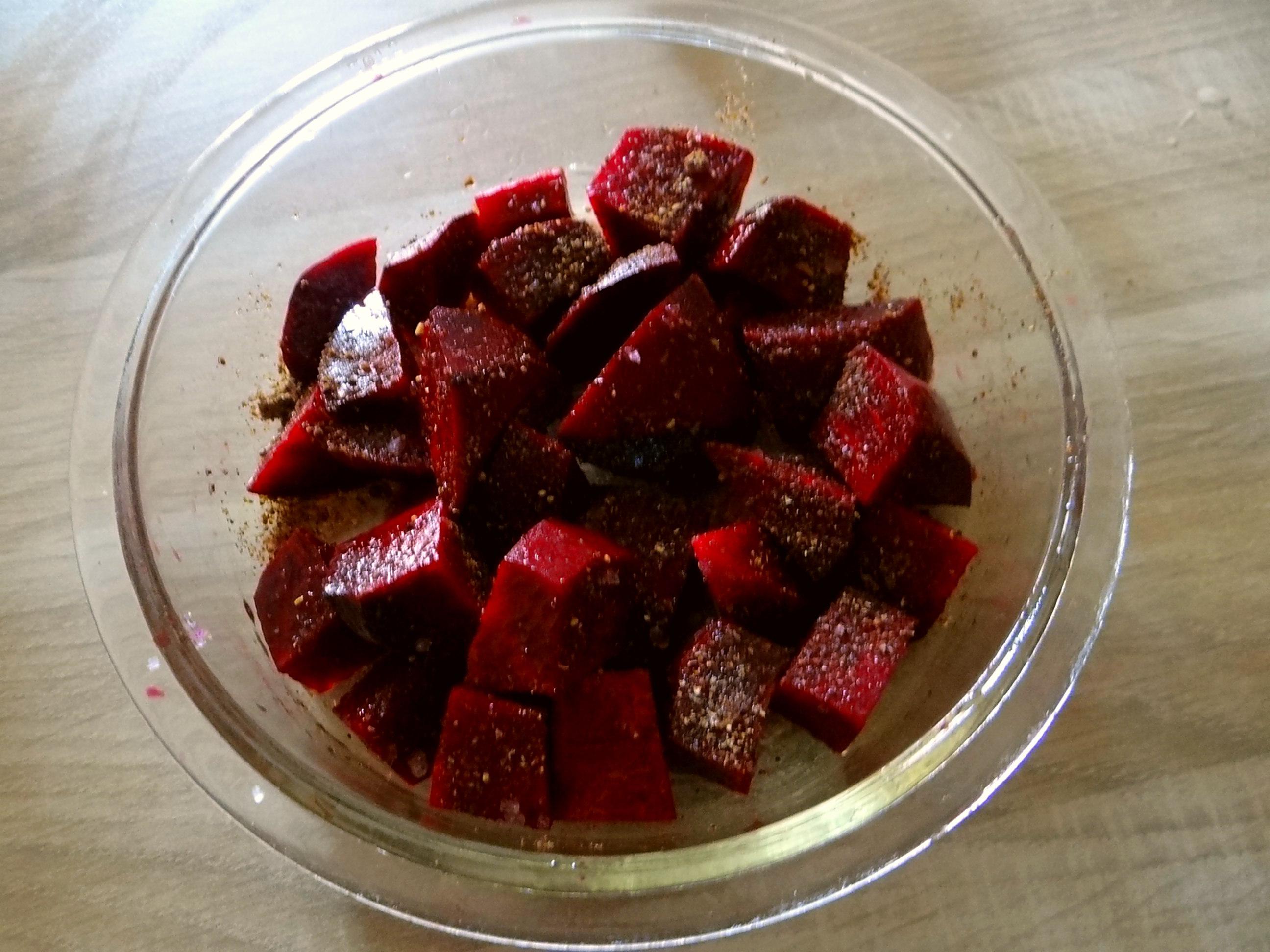 Rote Rübchen,Rote Beete,Pellkartoffeln (4)