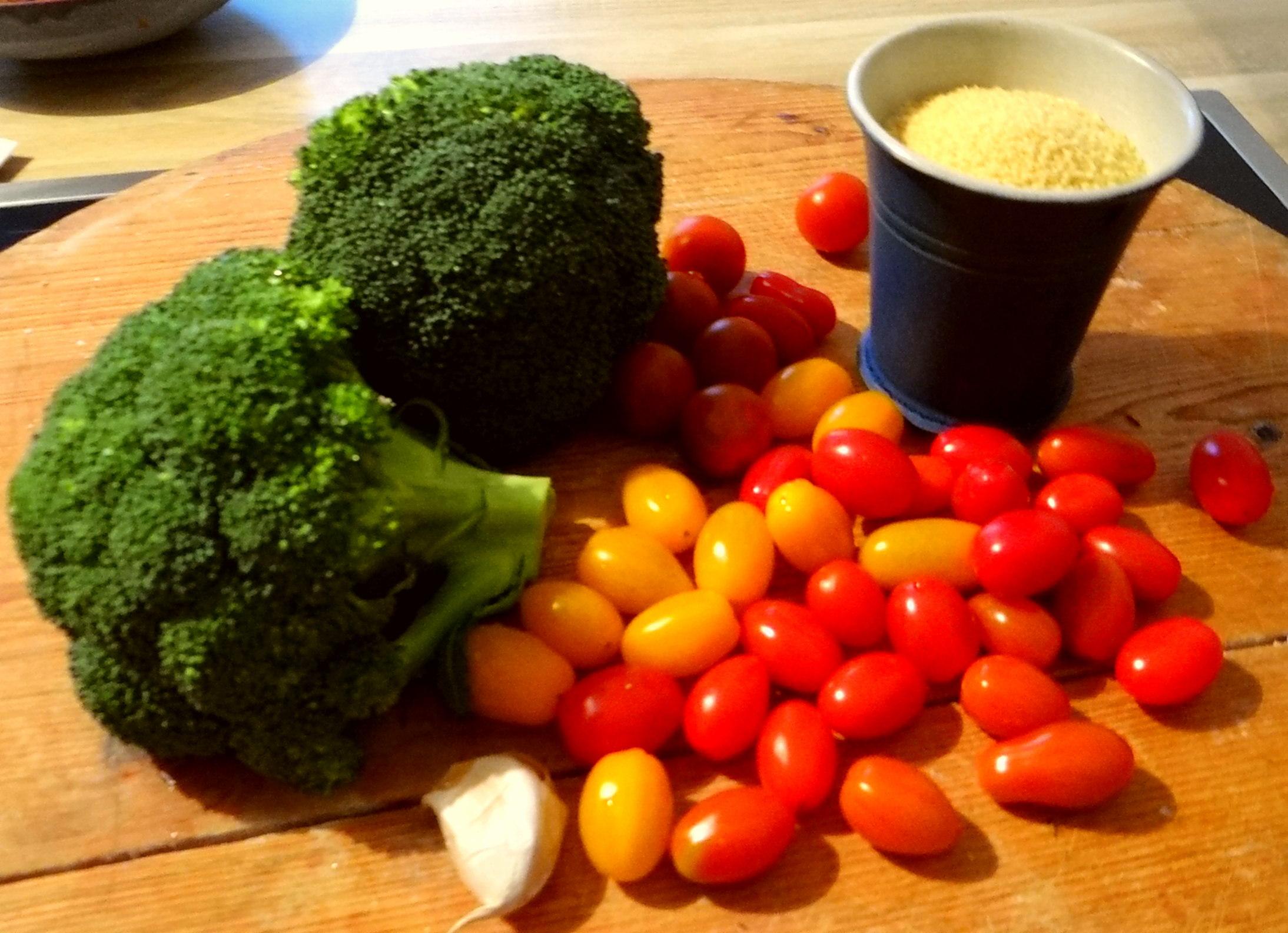 Tomaten,Brokkoli,Couscous (2)