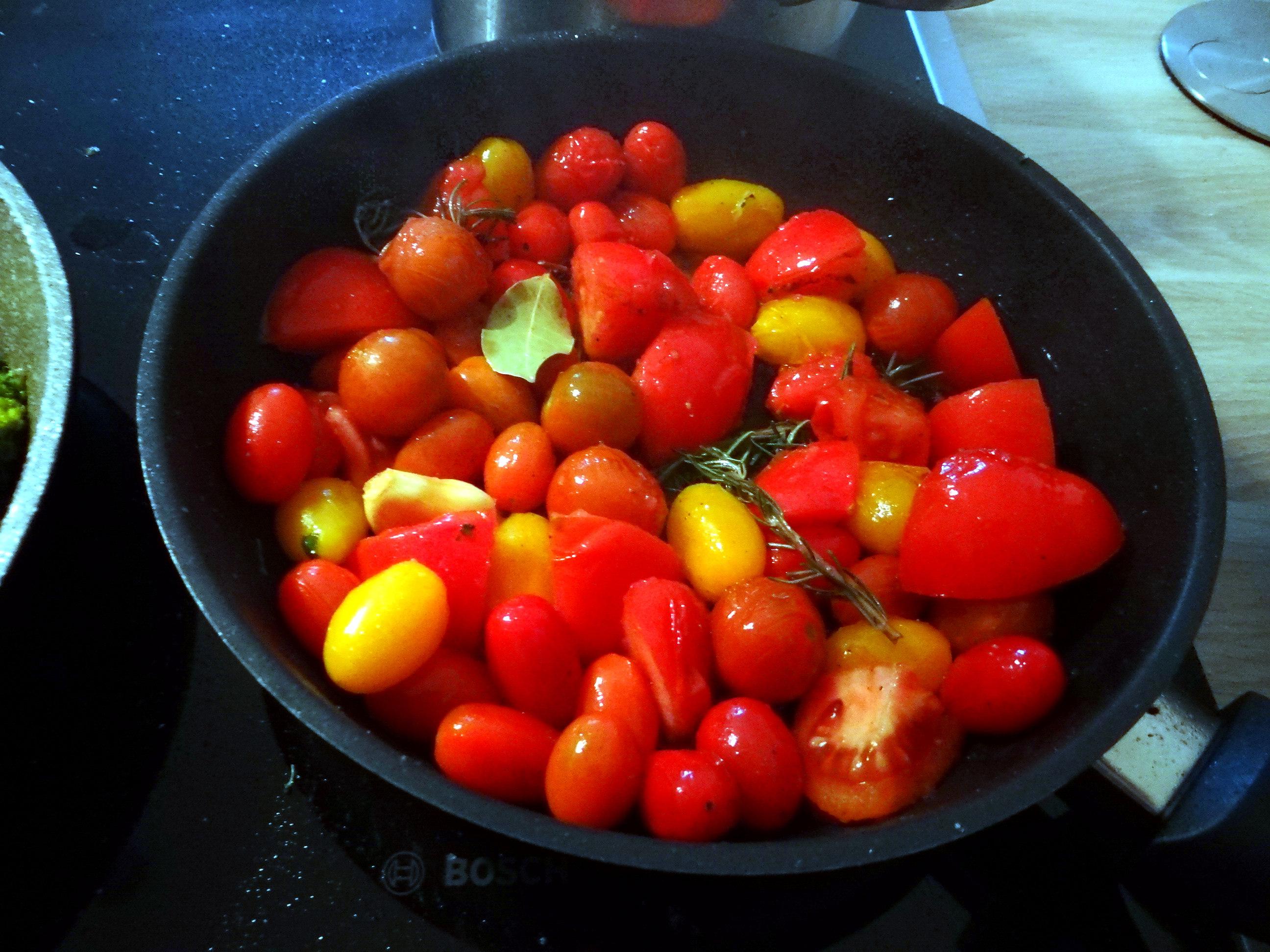 Tomaten,Brokkoli,Couscous (8)