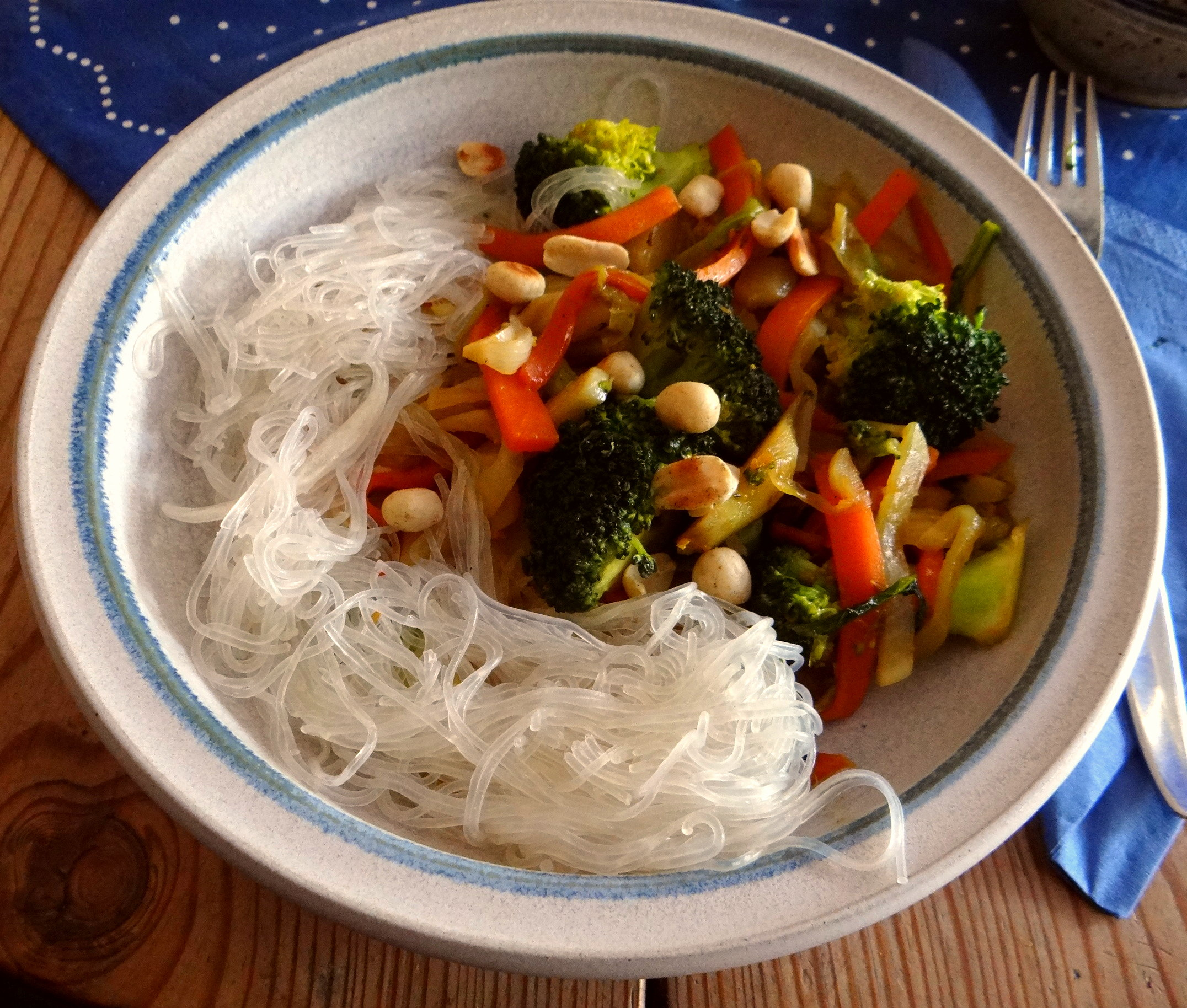 Asia Wokgemüse mit Glasnudeln (1)