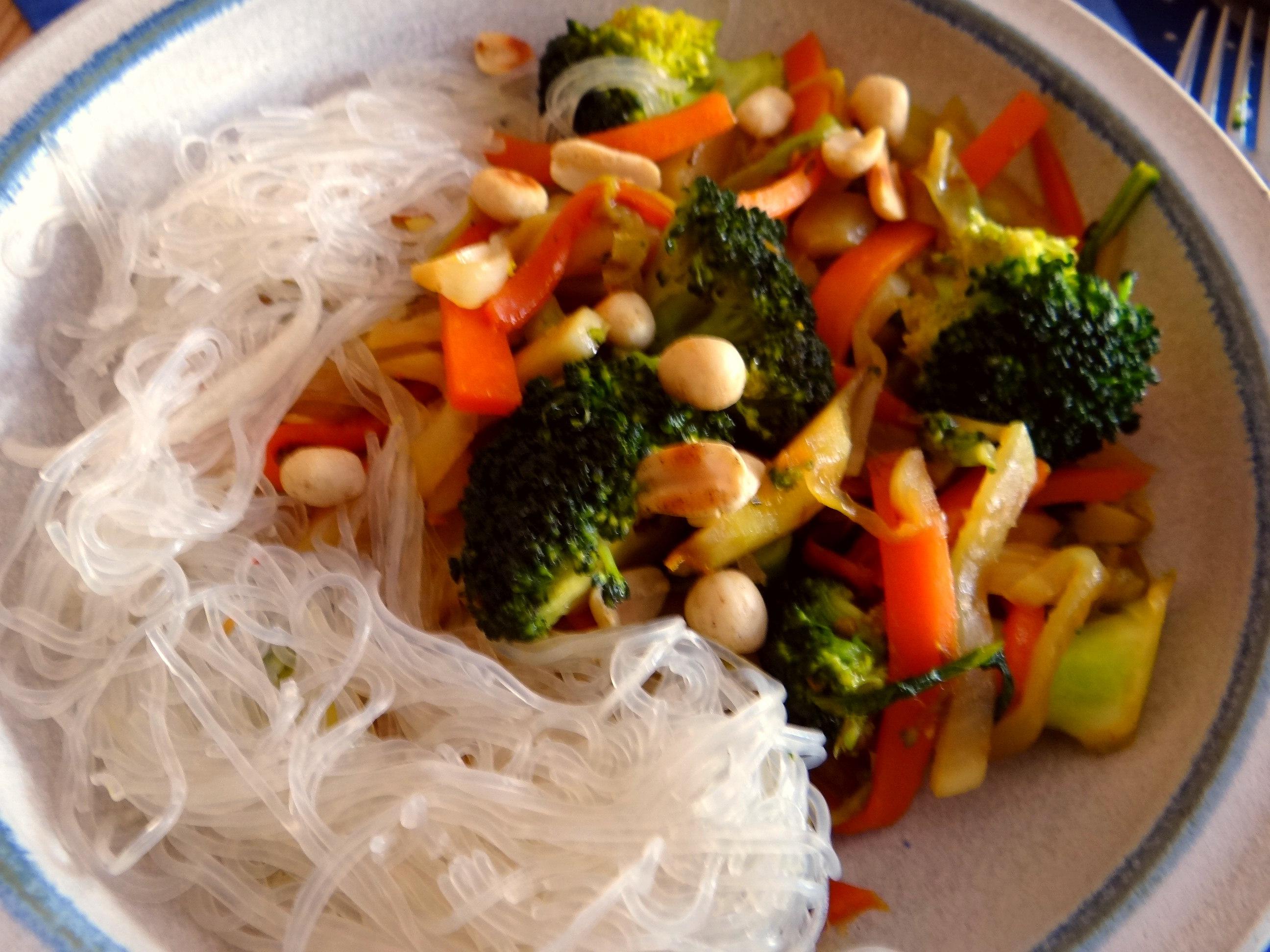 Asia Wokgemüse mit Glasnudeln (14)