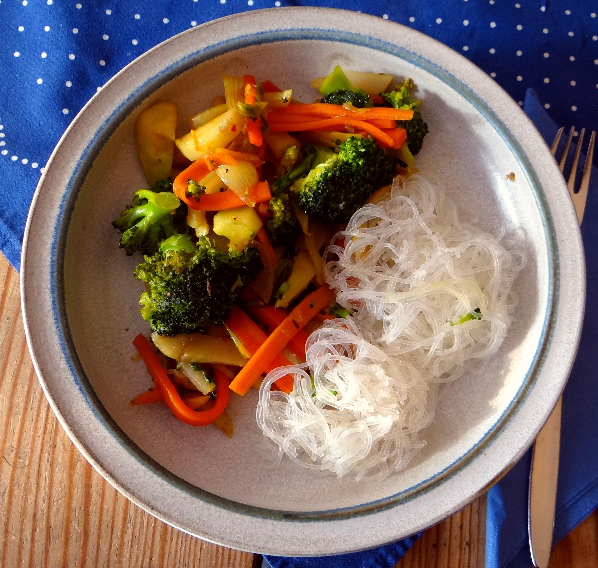 Asia Wokgemüse mit Glasnudeln (15)