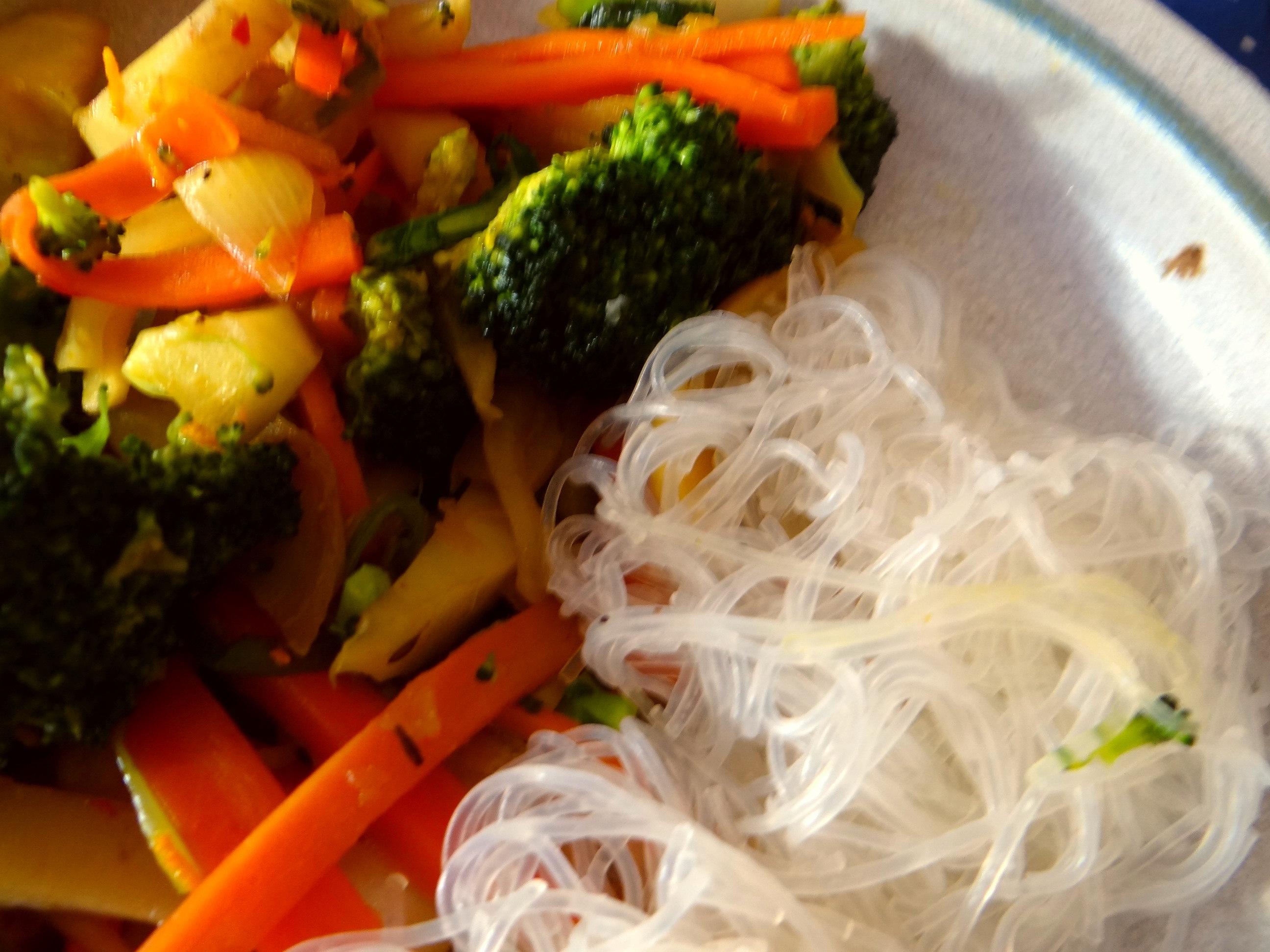 Asia Wokgemüse mit Glasnudeln (3)