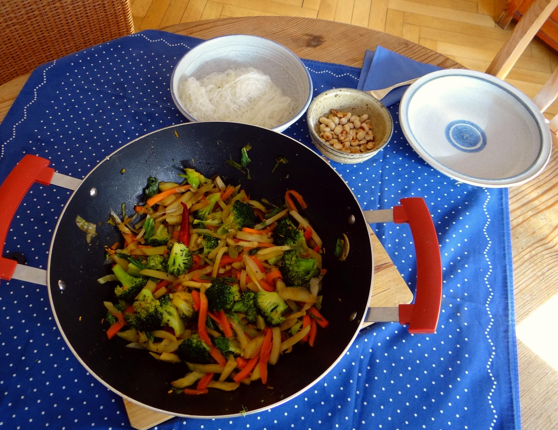 Asia Wokgemüse mit Glasnudeln (4)