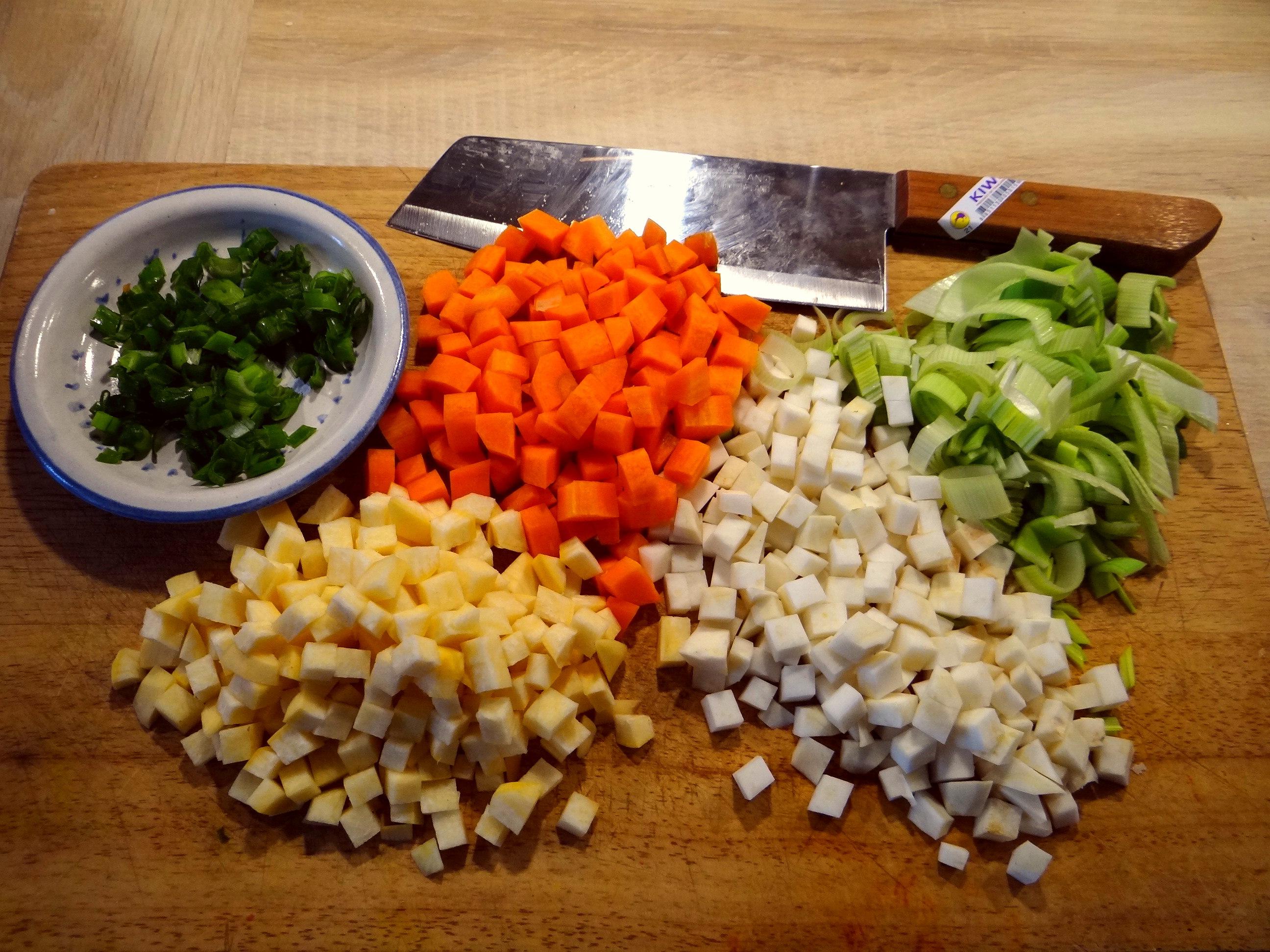 Gemüse-Linsen-Kokossuppe (7)
