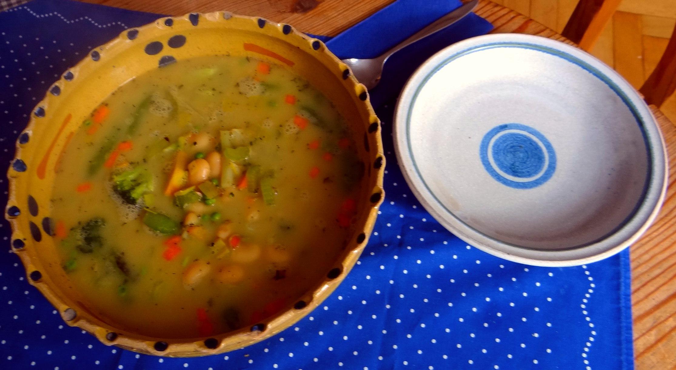 Gemüsesuppe mit weißen Bohnen (13)