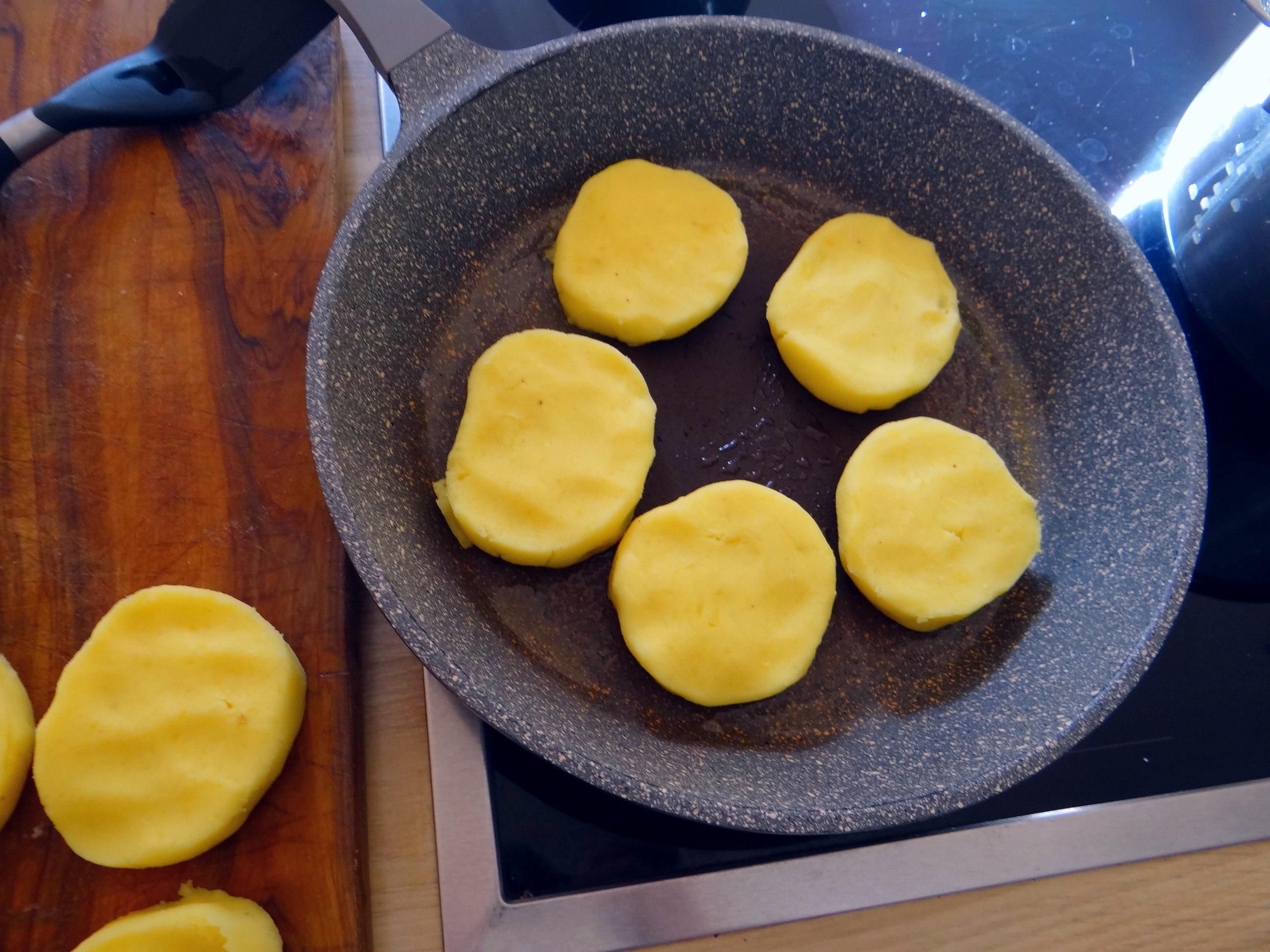 Kartoffel Taler,Guacamole,Gemüse (11)