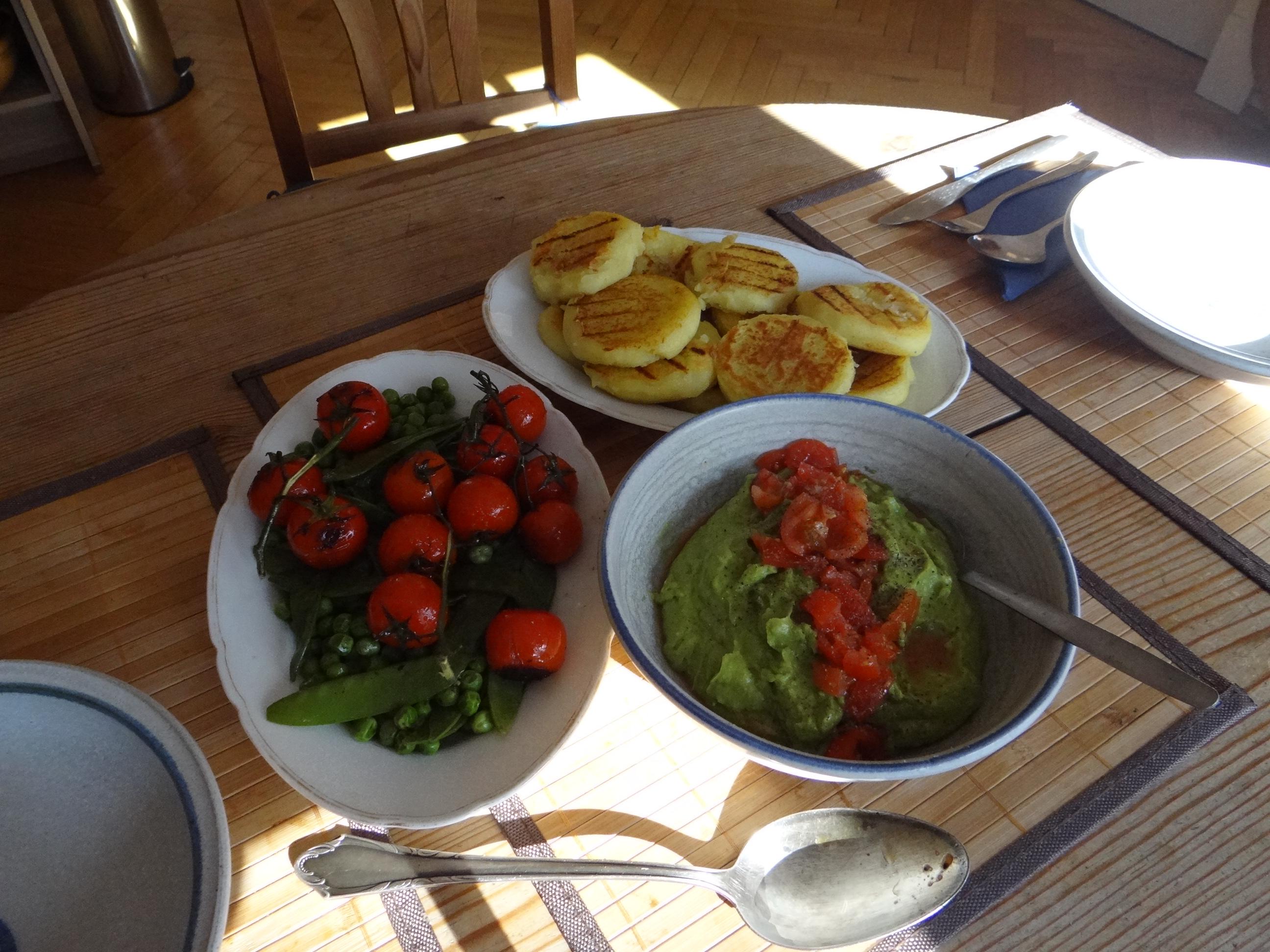Kartoffel Taler,Guacamole,Gemüse (15)