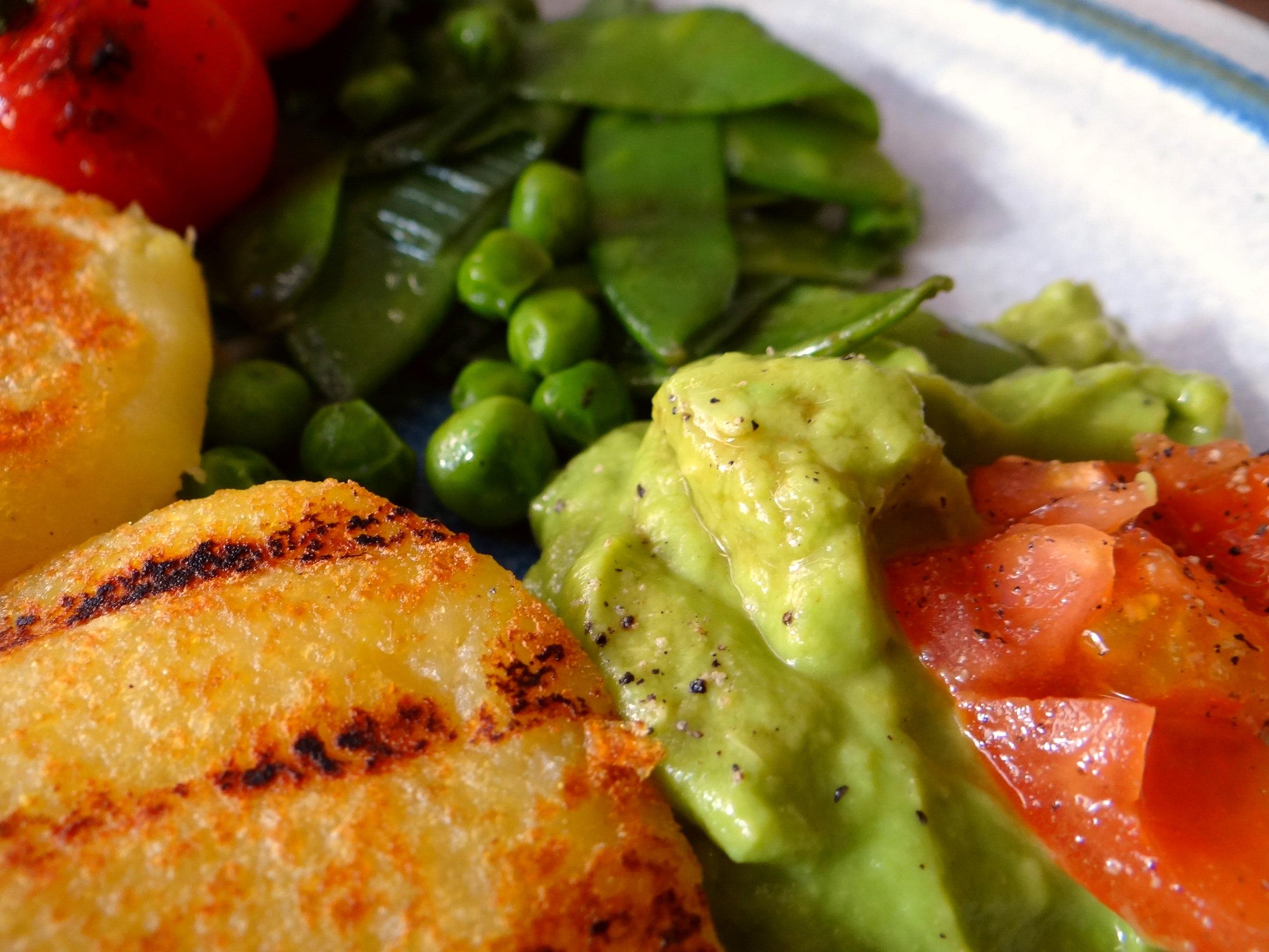 Kartoffel Taler,Guacamole,Gemüse (18)