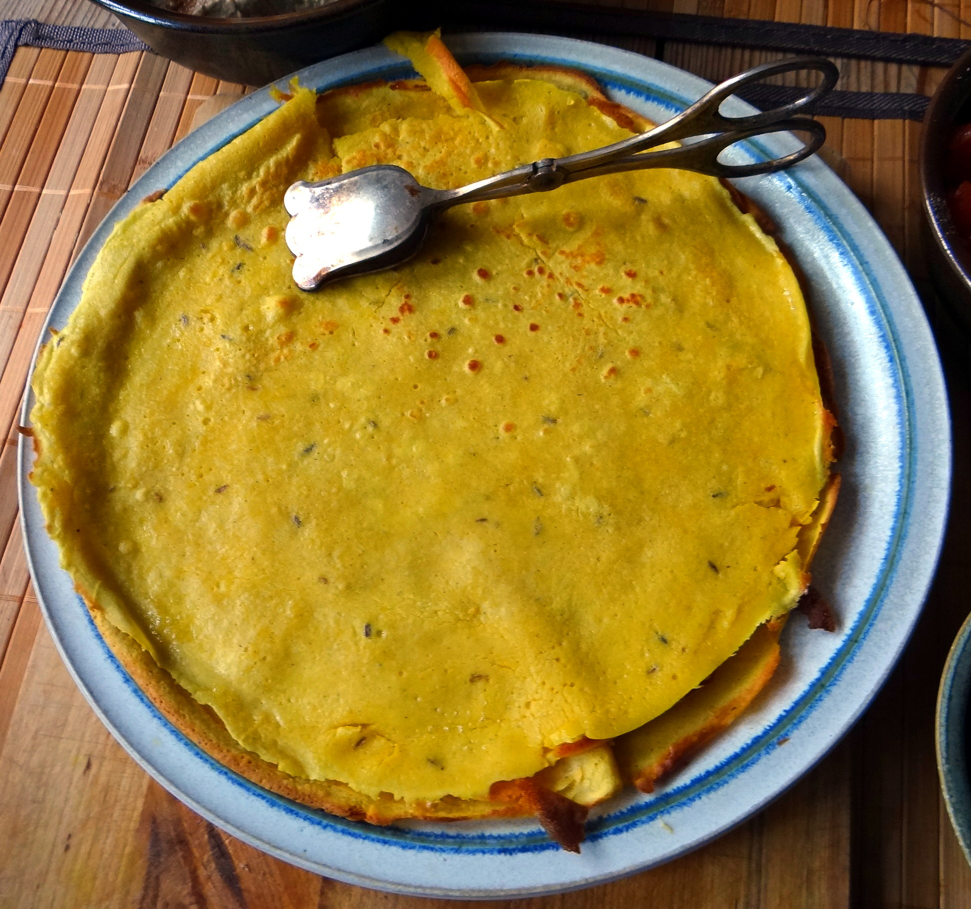 Kichererbsenmehl Pfannkuchen und Baba Ganoush (12)