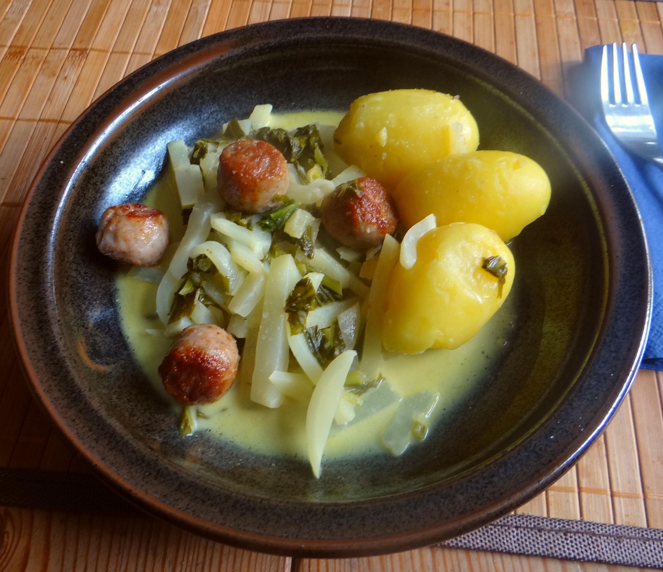 Mairübchen,Mettbällchen,Kartoffeln,Obstsalat (13)