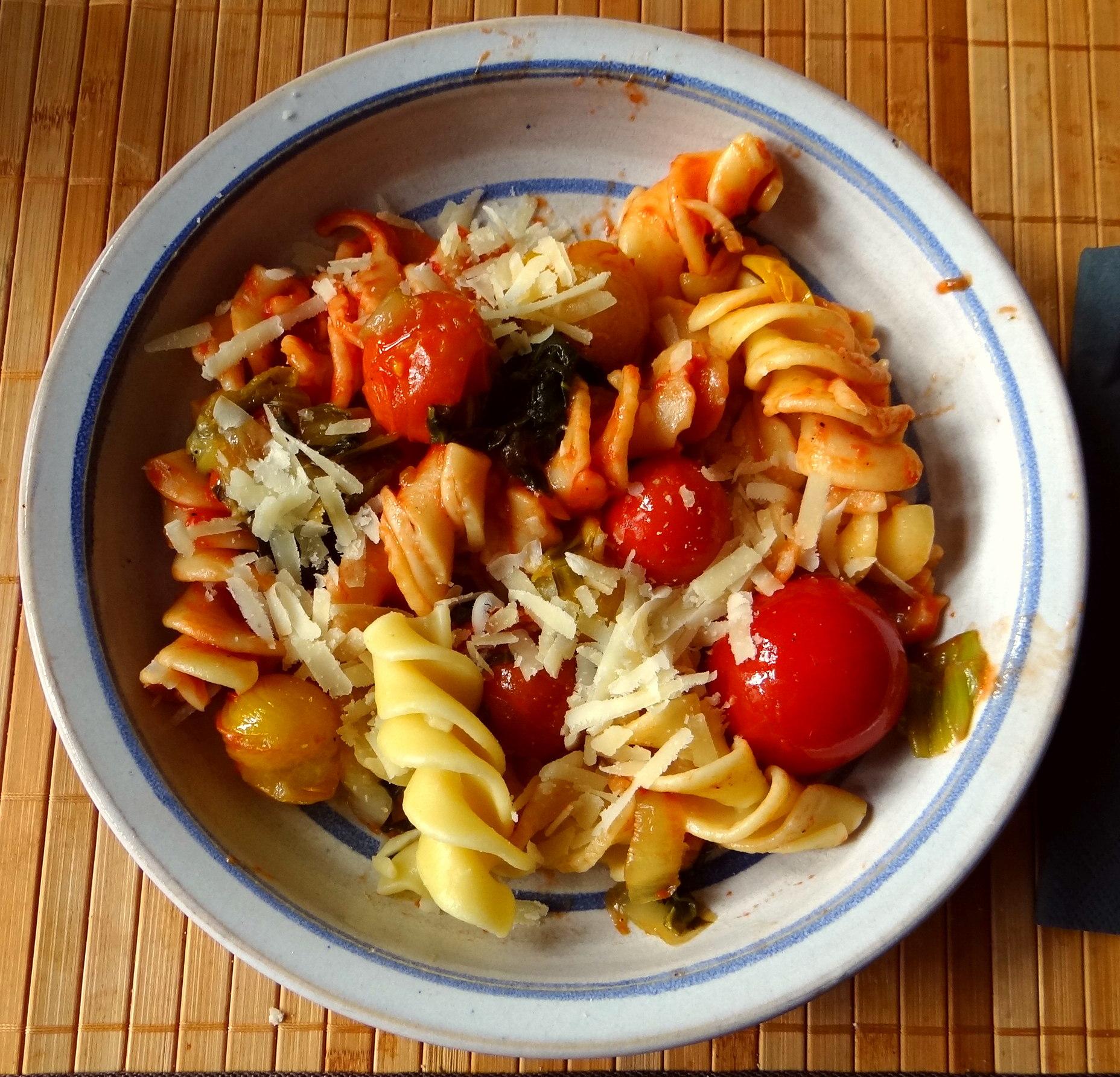 Pak Choy,Tomaten Spirelli (2)