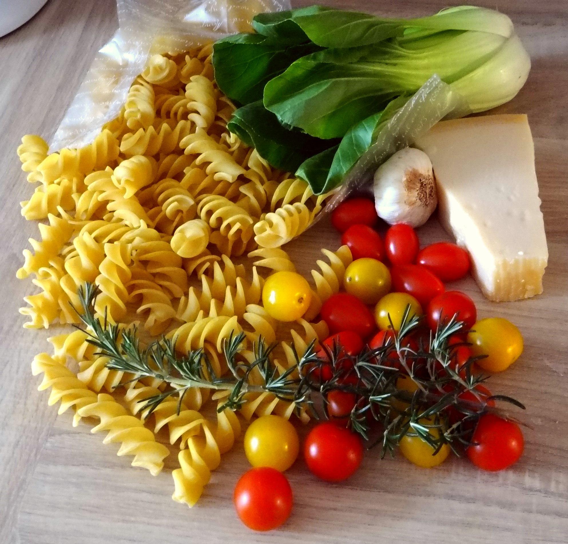 Pak Choy,Tomaten Spirelli (6)