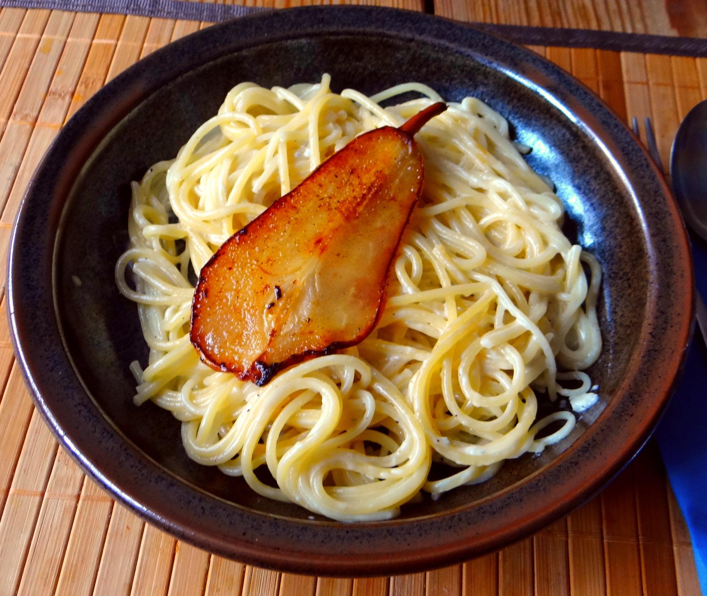 Spaghetti mit Gorgonzolasauce (12)
