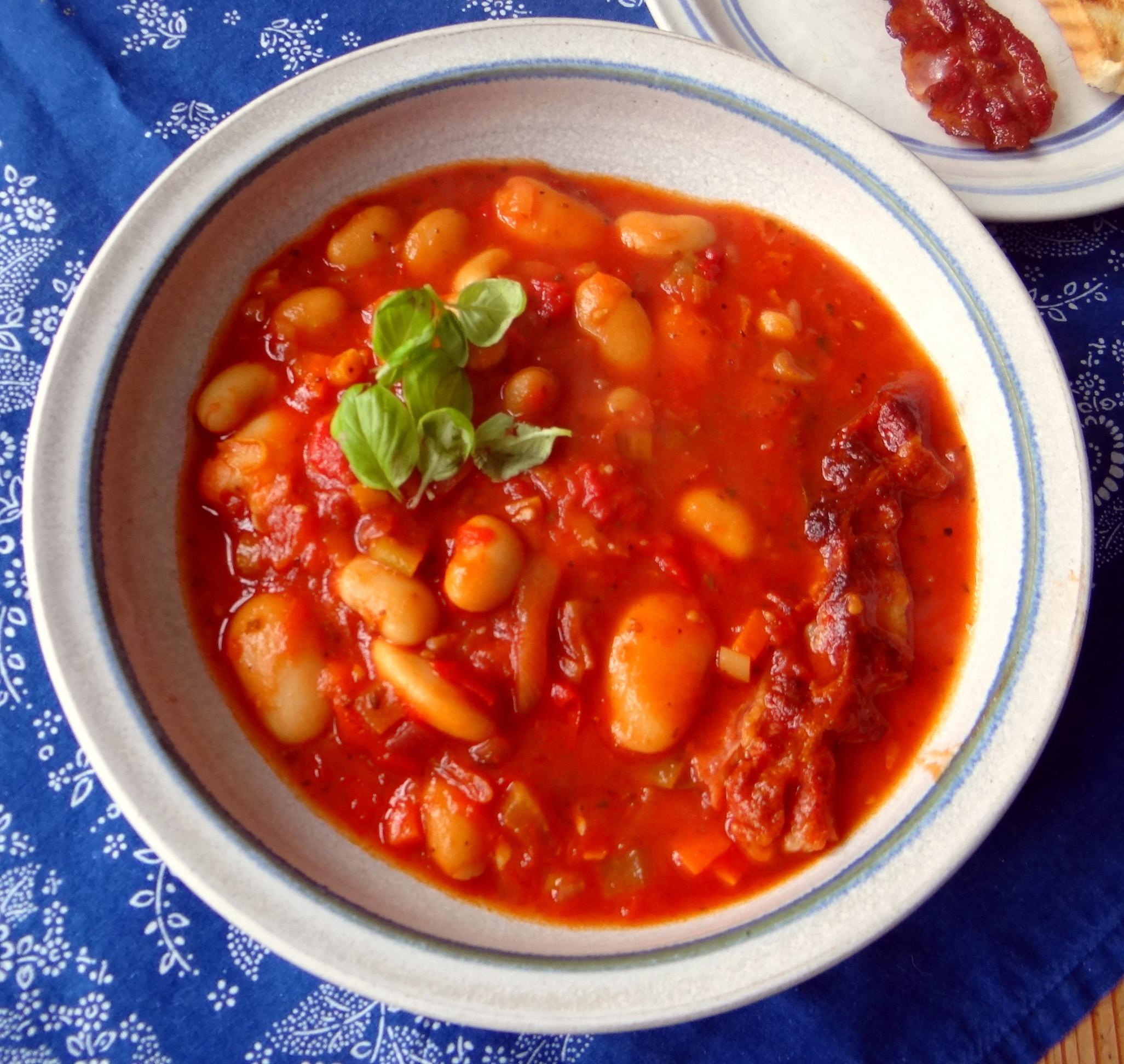 Bohnen-Tomatensuppe mit Bacon (15)