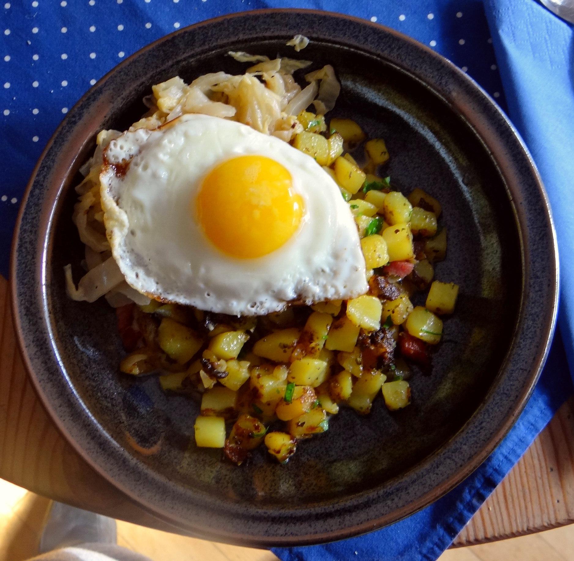 Geschmorter Chinakohl mit rohgebratenen Kartoffeln (15)