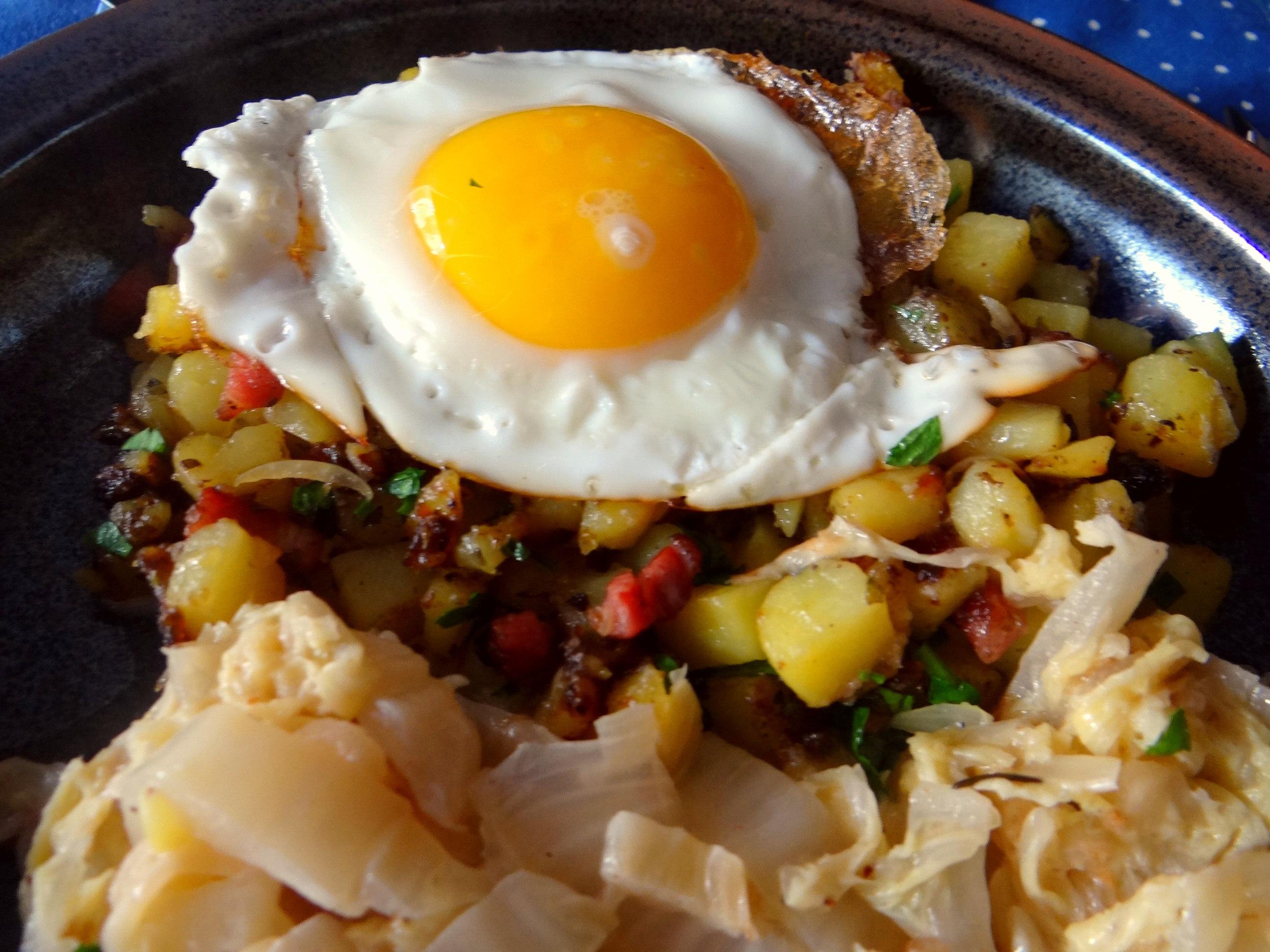 Geschmorter Chinakohl mit rohgebratenen Kartoffeln (4)