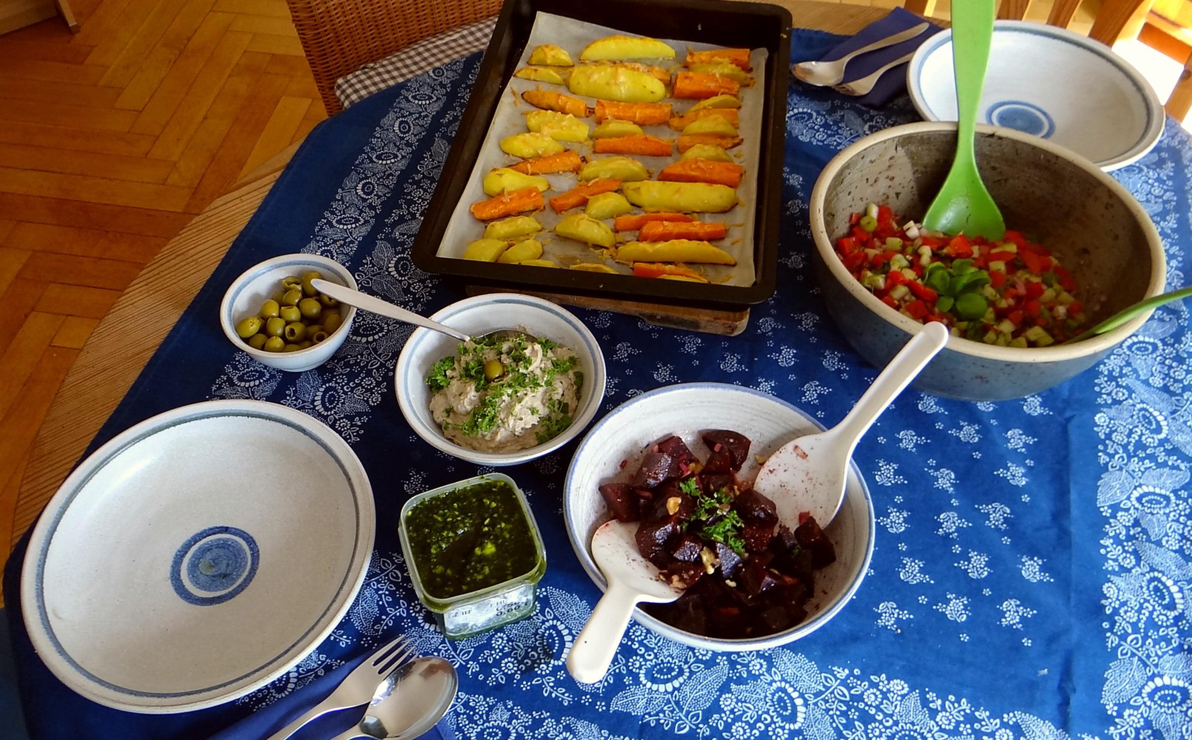 Israelischer Salat und Ofenkartoffeln (17)
