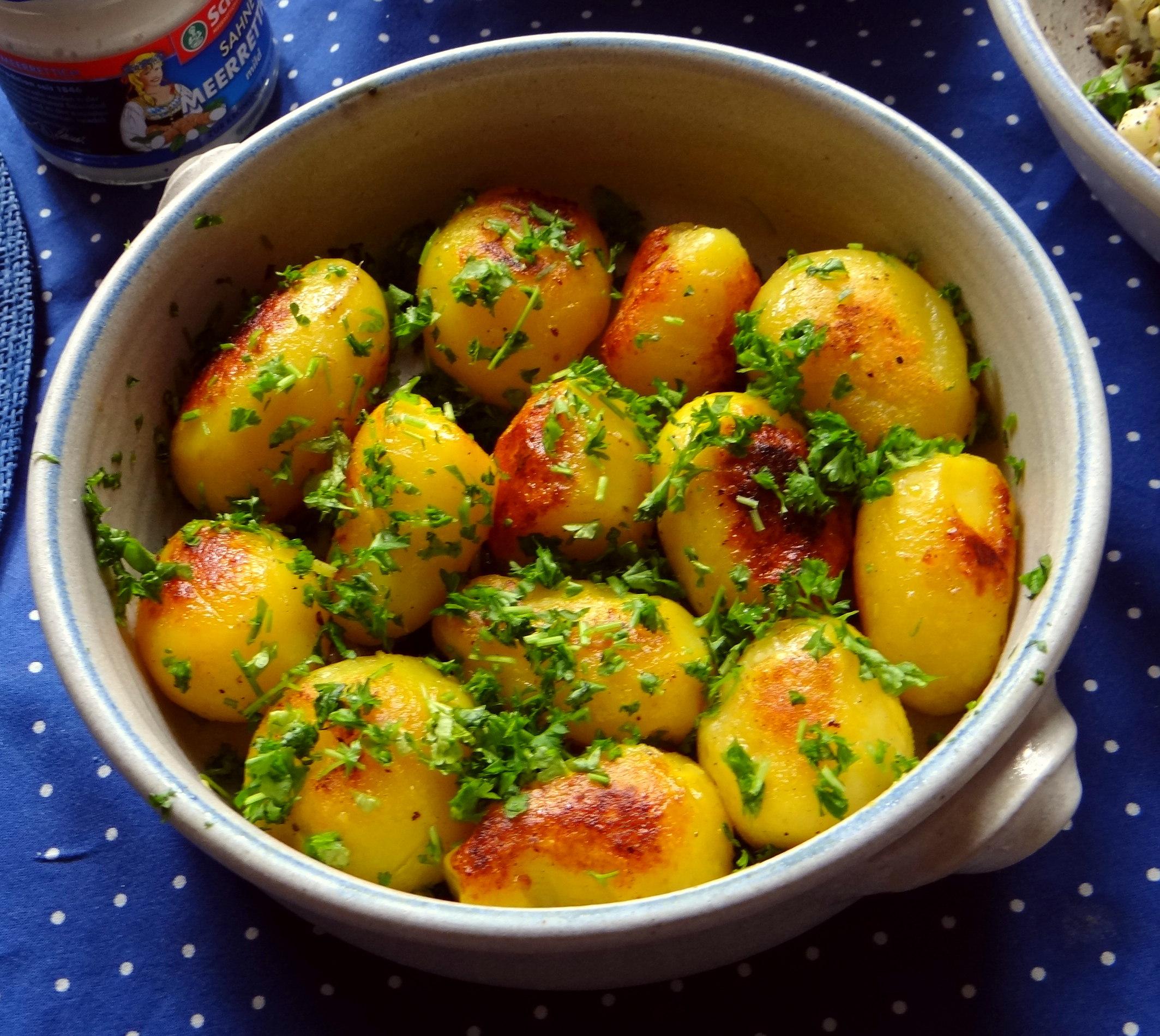Matjes Tatar und Petersilienkartoffeln (12)