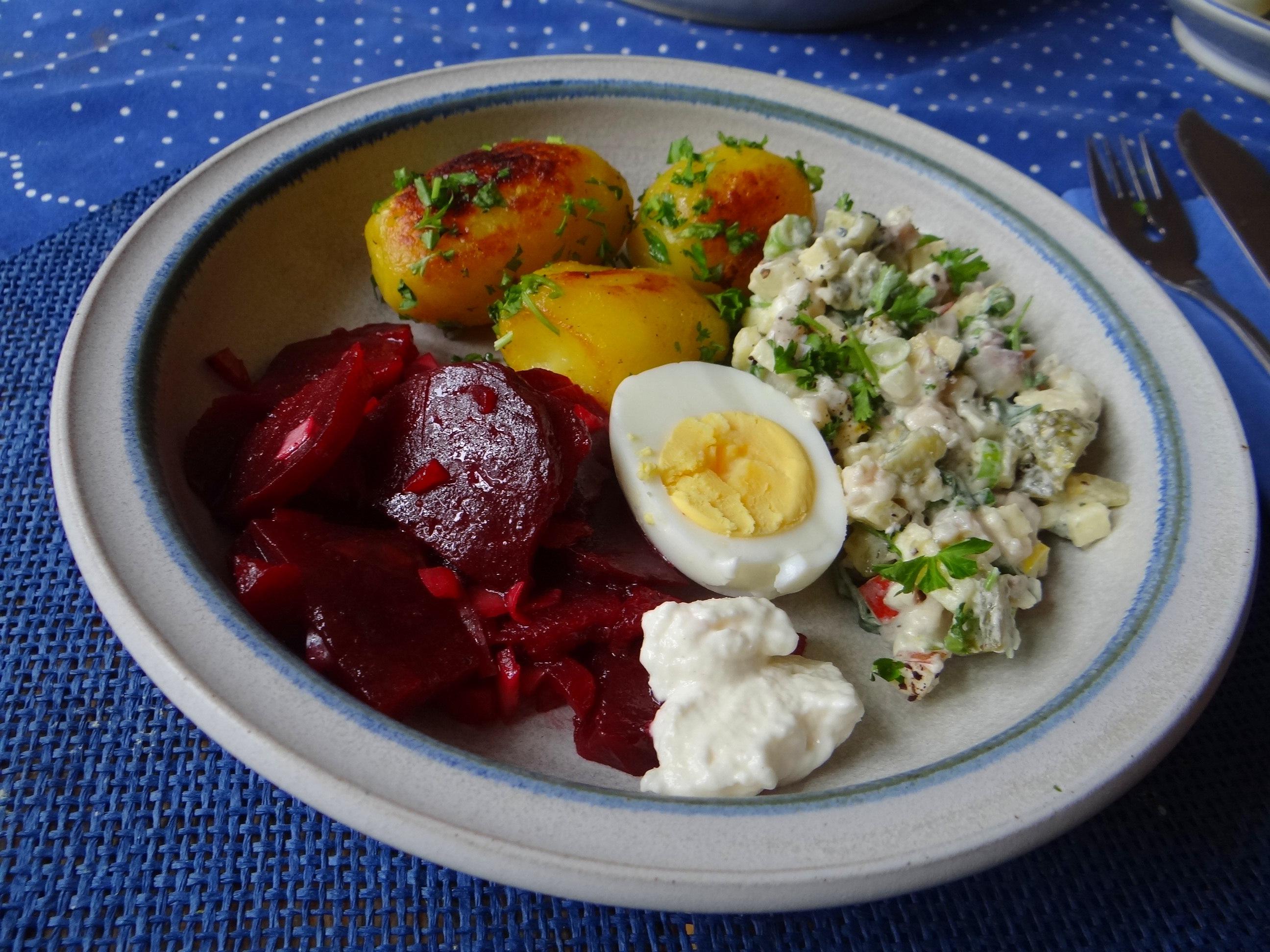 Matjes Tatar und Petersilienkartoffeln (16)