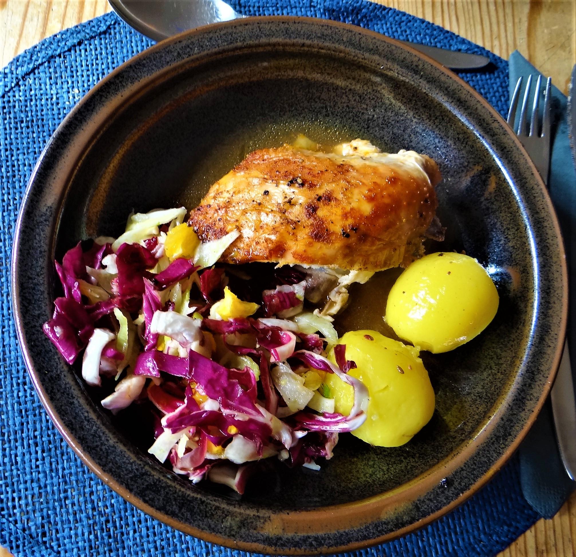 Biohähnchen mit buntem Salat (2)