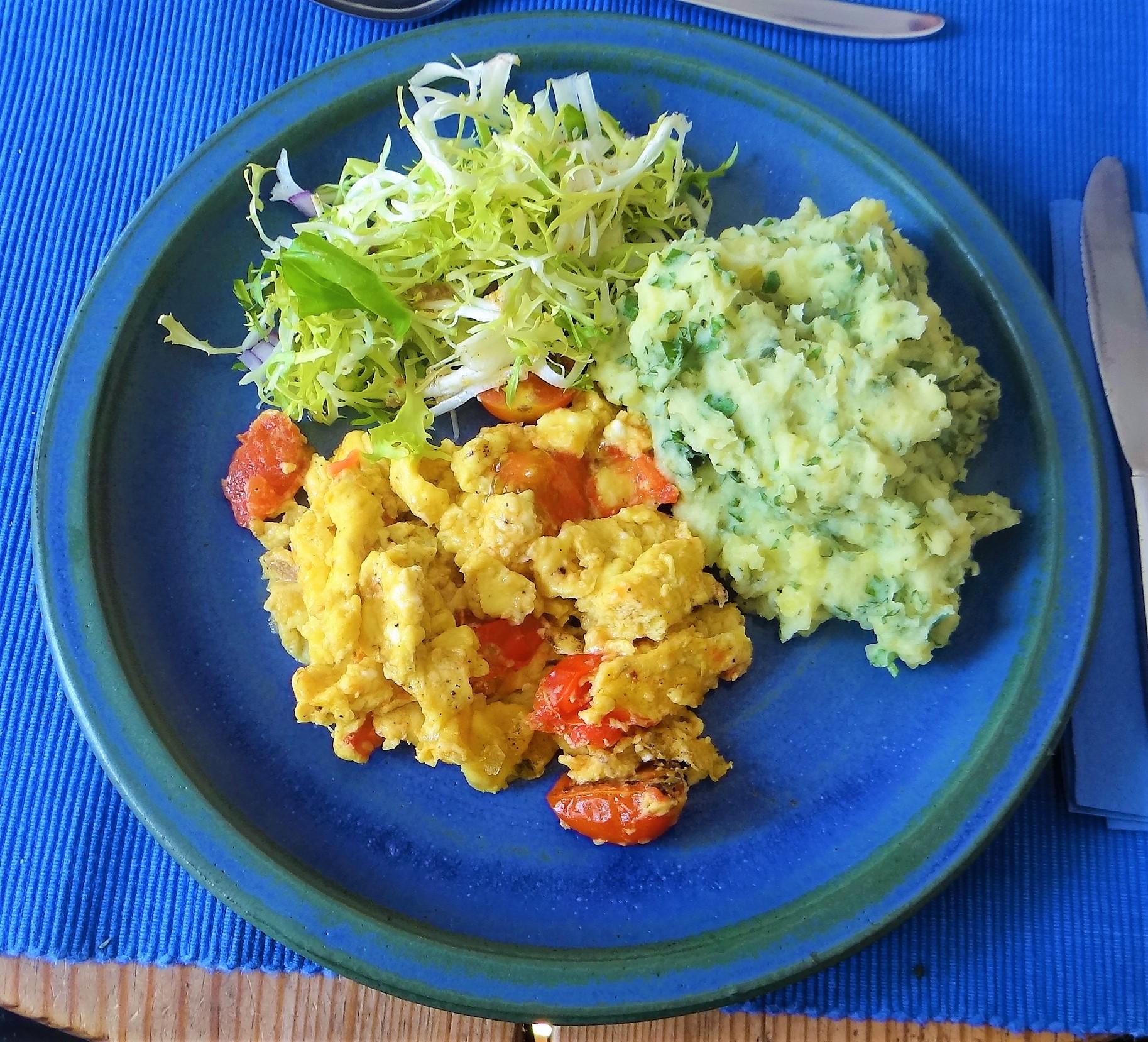 Kartoffelstampf mit Wildkräutern (2)