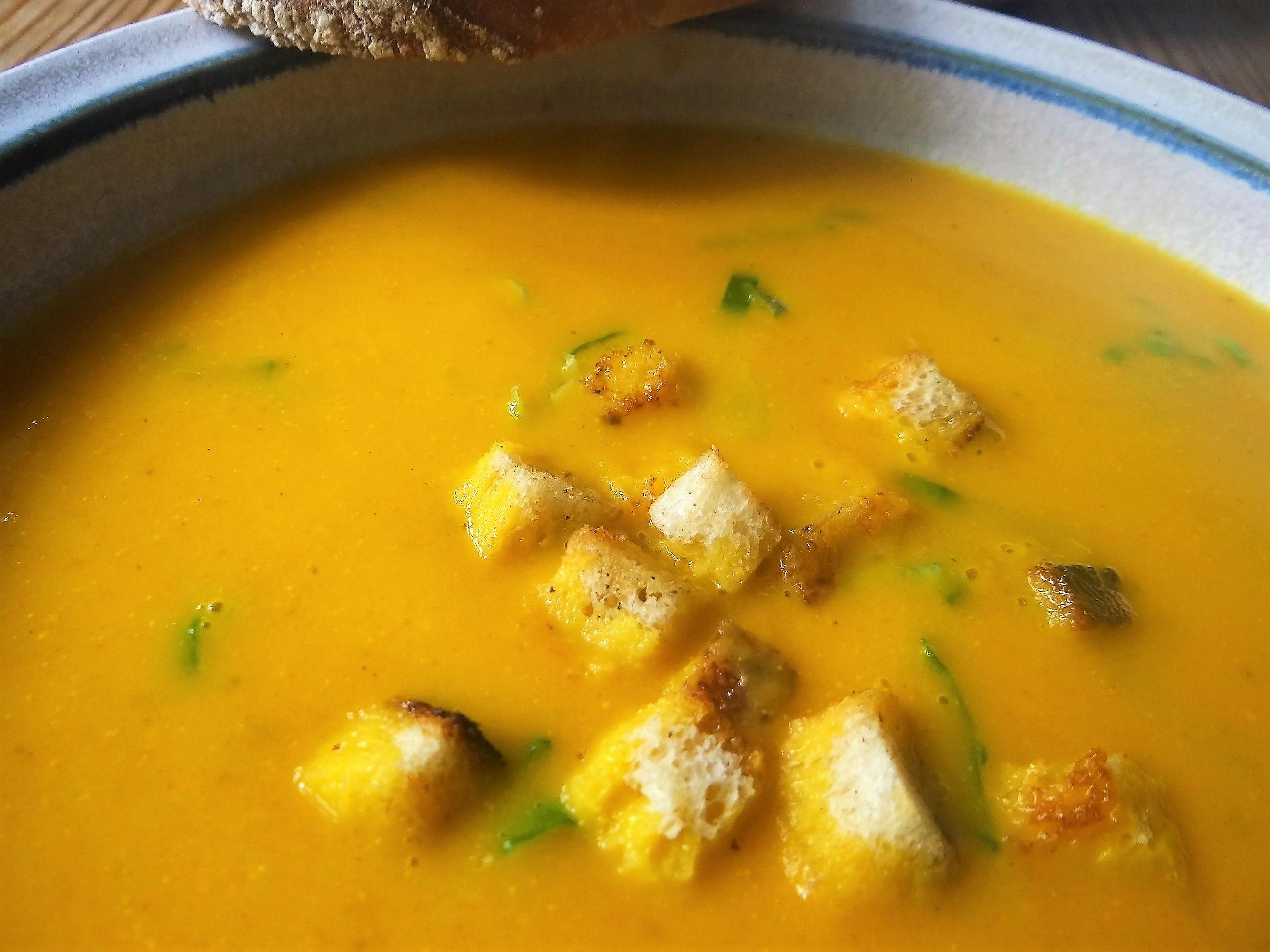 Möhrensuppe,Birnen Dessert (3)