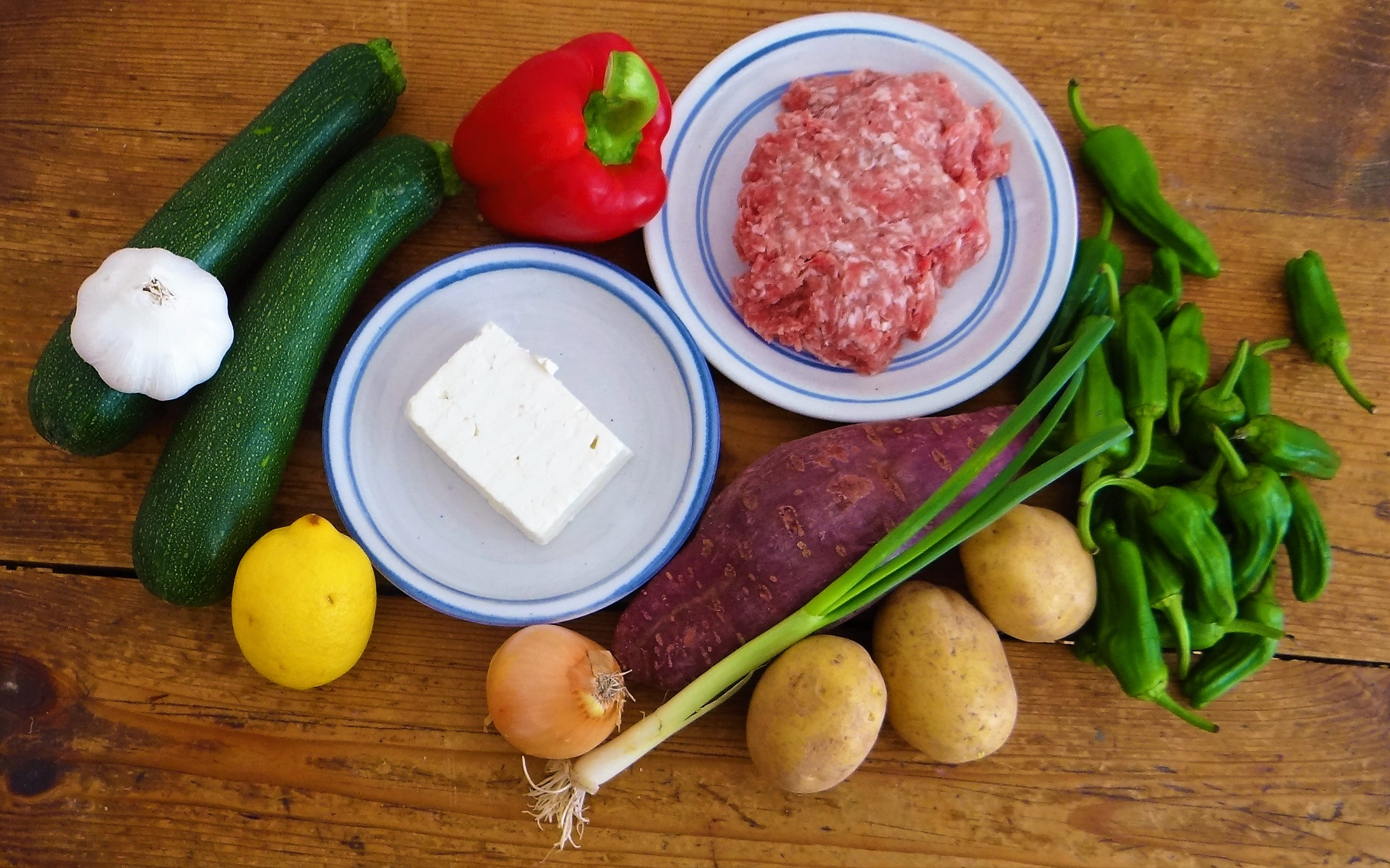 Zucchini Pfanne,Rohgebratene Kartoffeln,Pimientos,Obstsalat (5)