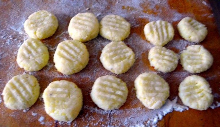 Gnocchi mit Gorgonzola Sauce und Zucchini Zoodles (5)