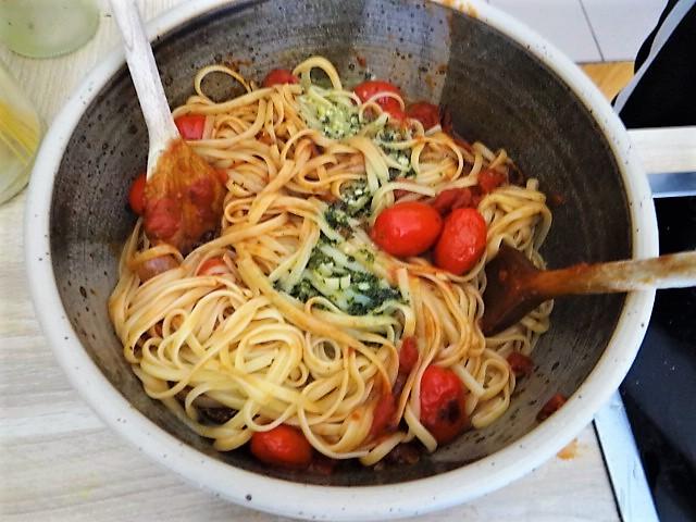 Linguine,Zoodles,Tomaten,Endivien (8)