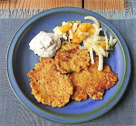 Kartoffel-Möhren Pupper mit Quark Dip und Fenchelsalat (16).JPG