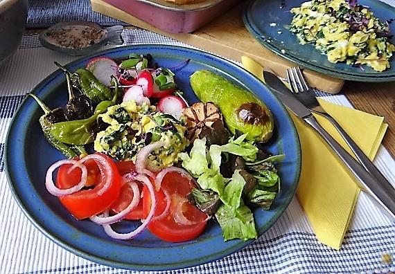 Gemüse,Salat und Ei (24)