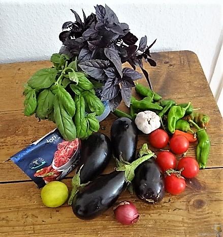 Auberginen,Tomate,Feta,Pimientos,Reis (7).JPG
