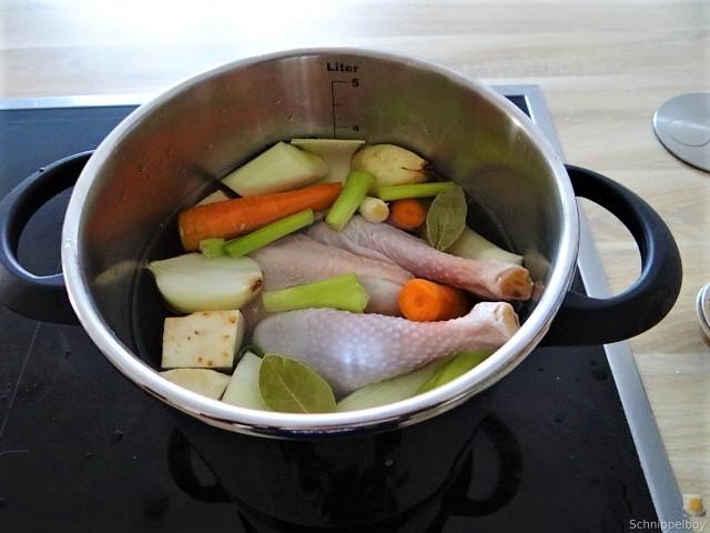 Hühnerfrikassee (6).JPG